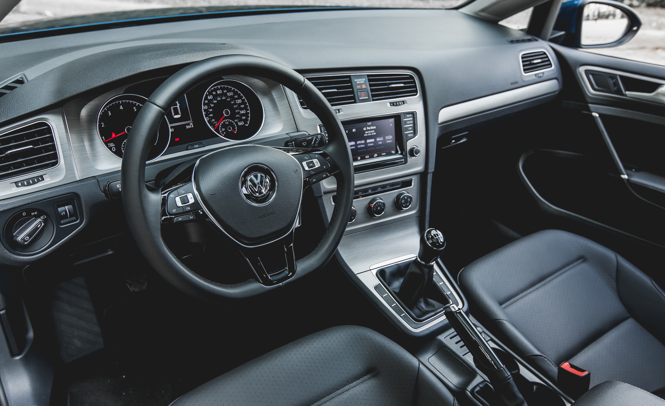 2015 Volkswagen Golf  (Photo 20 of 23)