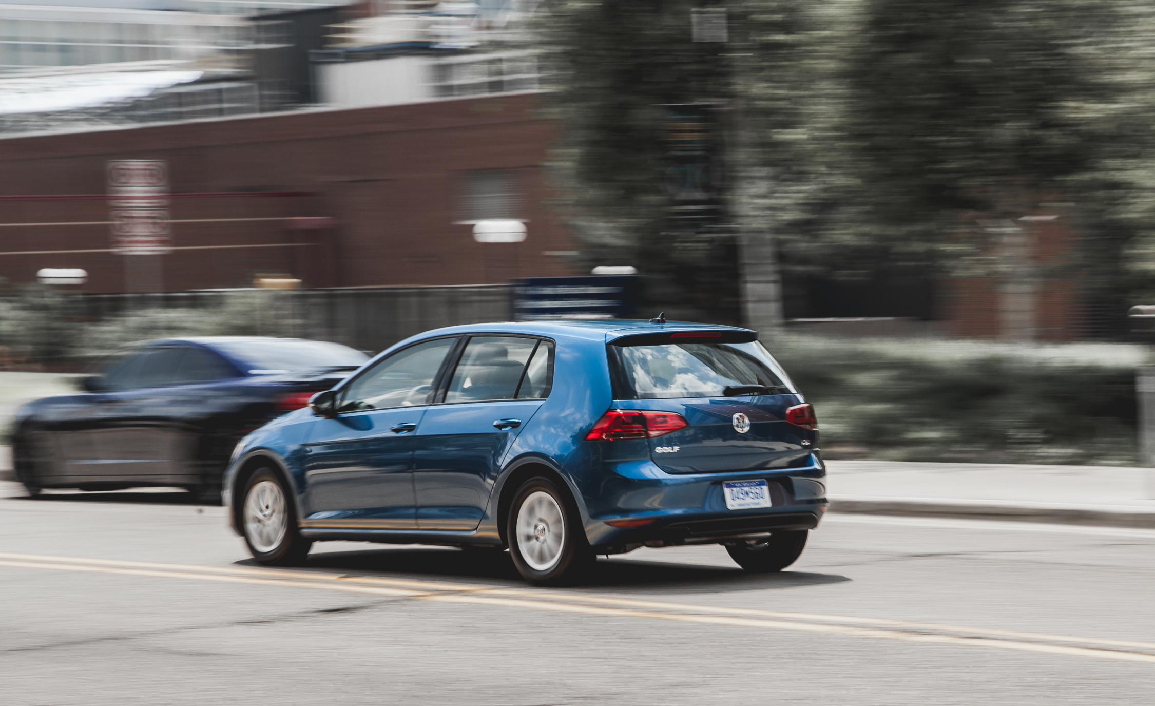 2015 Volkswagen Golf  (Photo 11 of 23)