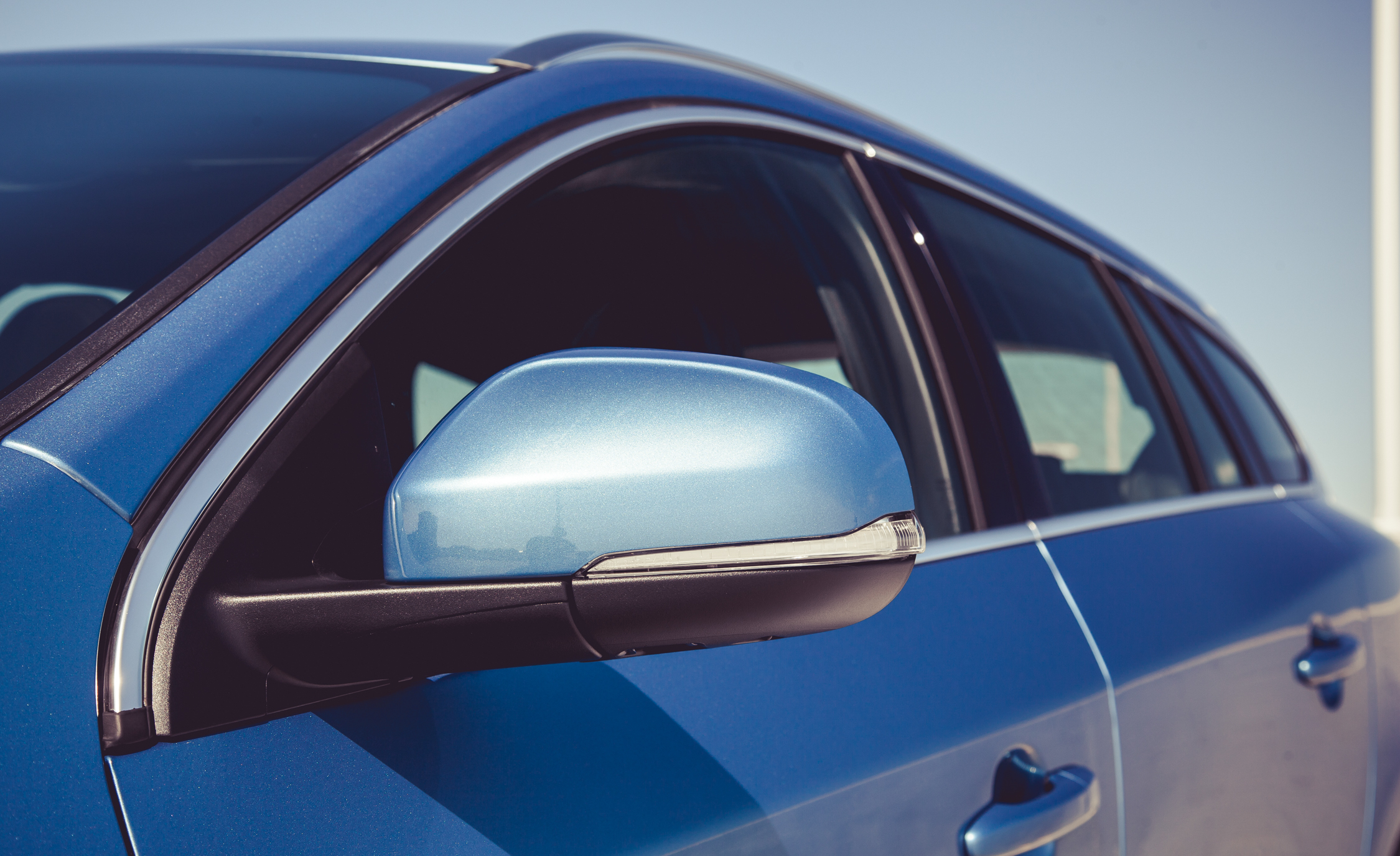 2015 Volvo V60 Side View Mirror (Photo 28 of 38)