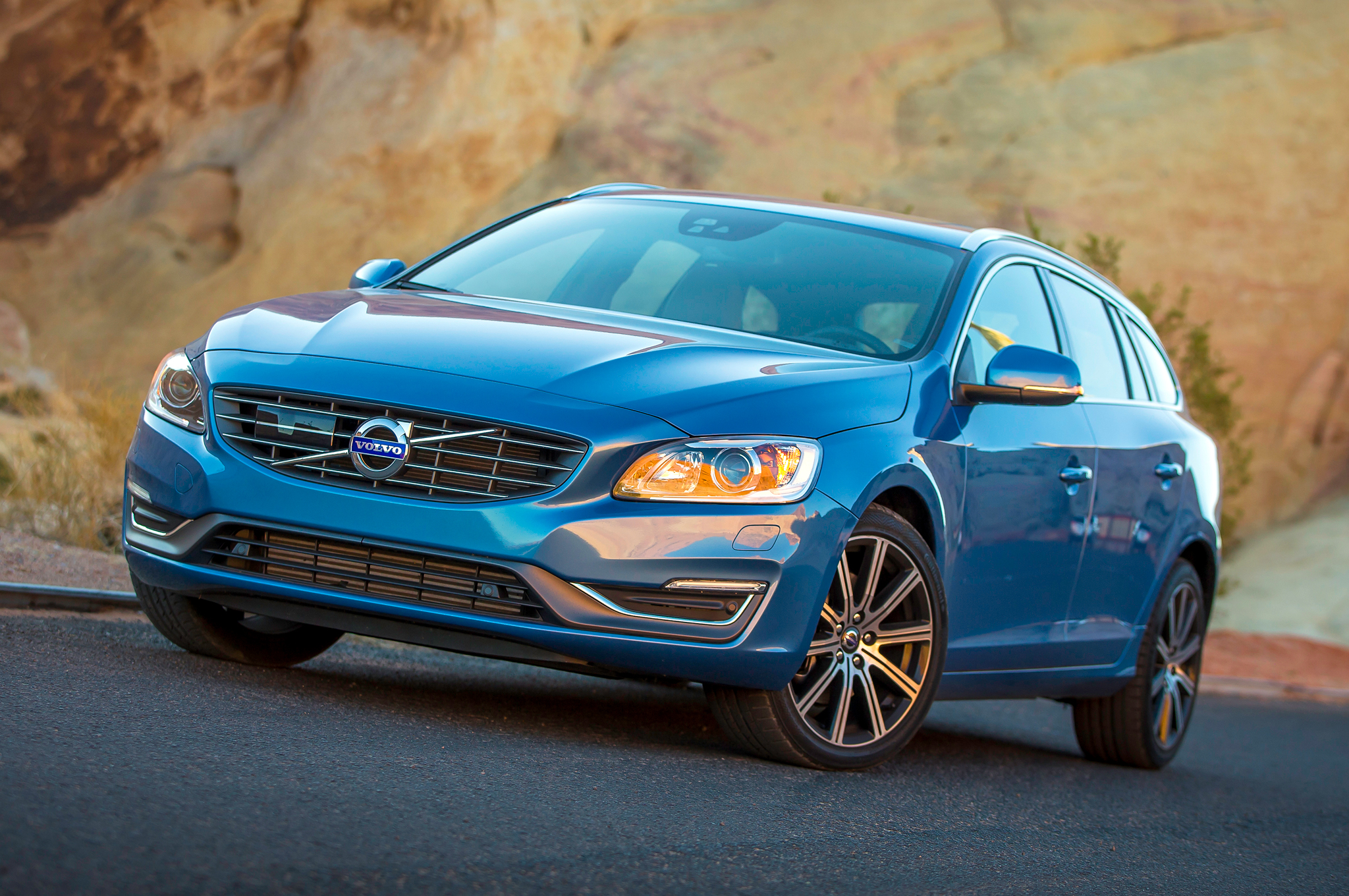 Featured Image of 2015 Volvo V