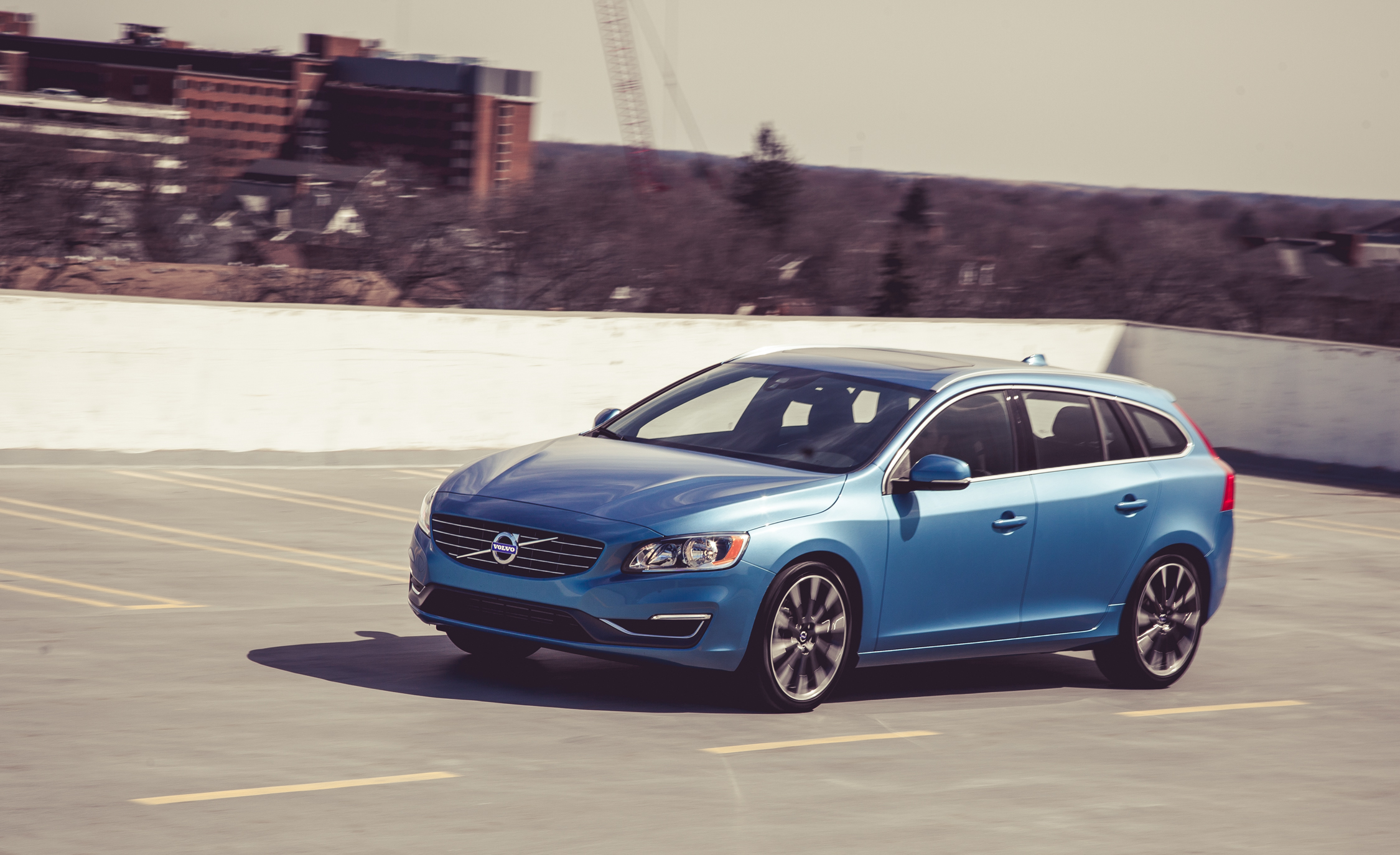 2015 Volvo V (Photo 3 of 38)