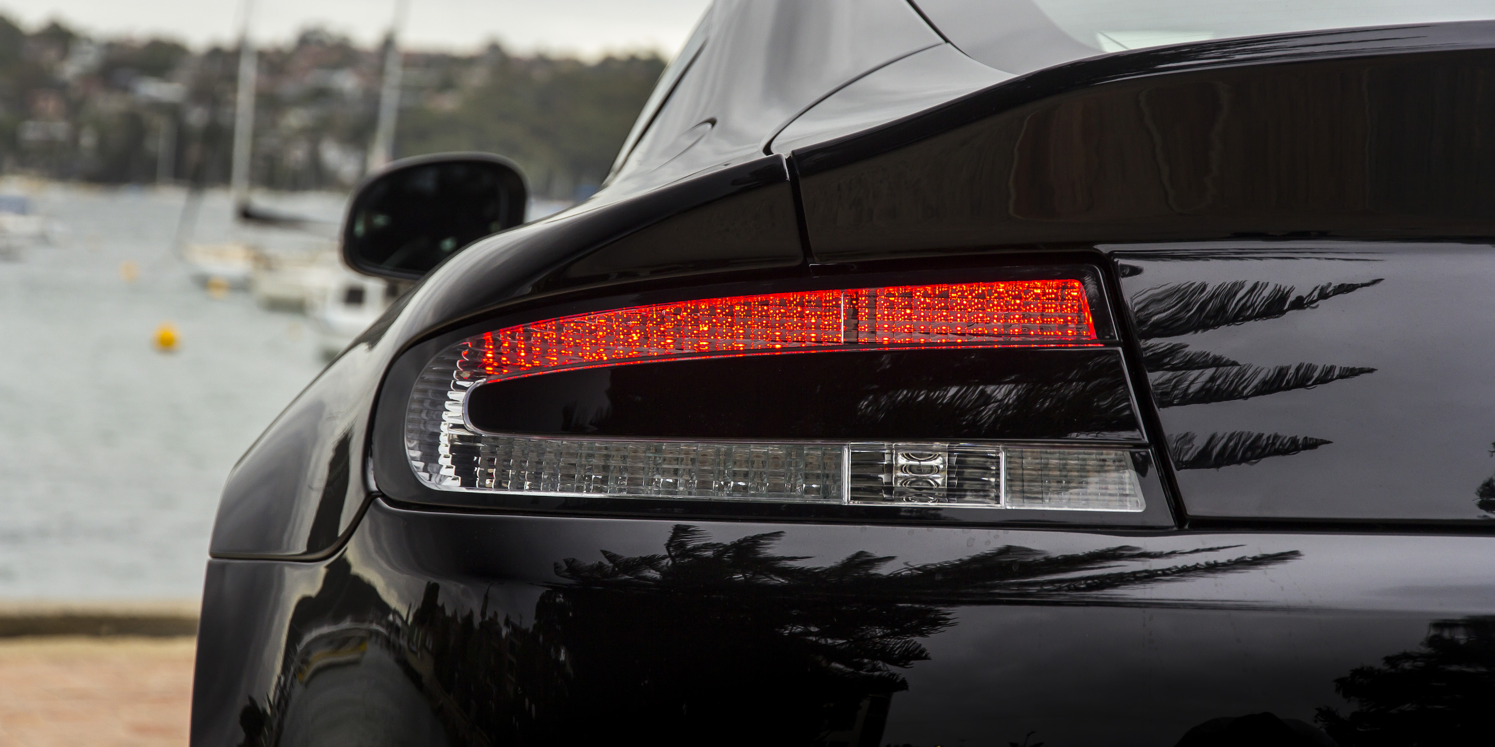 2016 Aston Martin Vantage Gt Left Taillight (View 5 of 25)