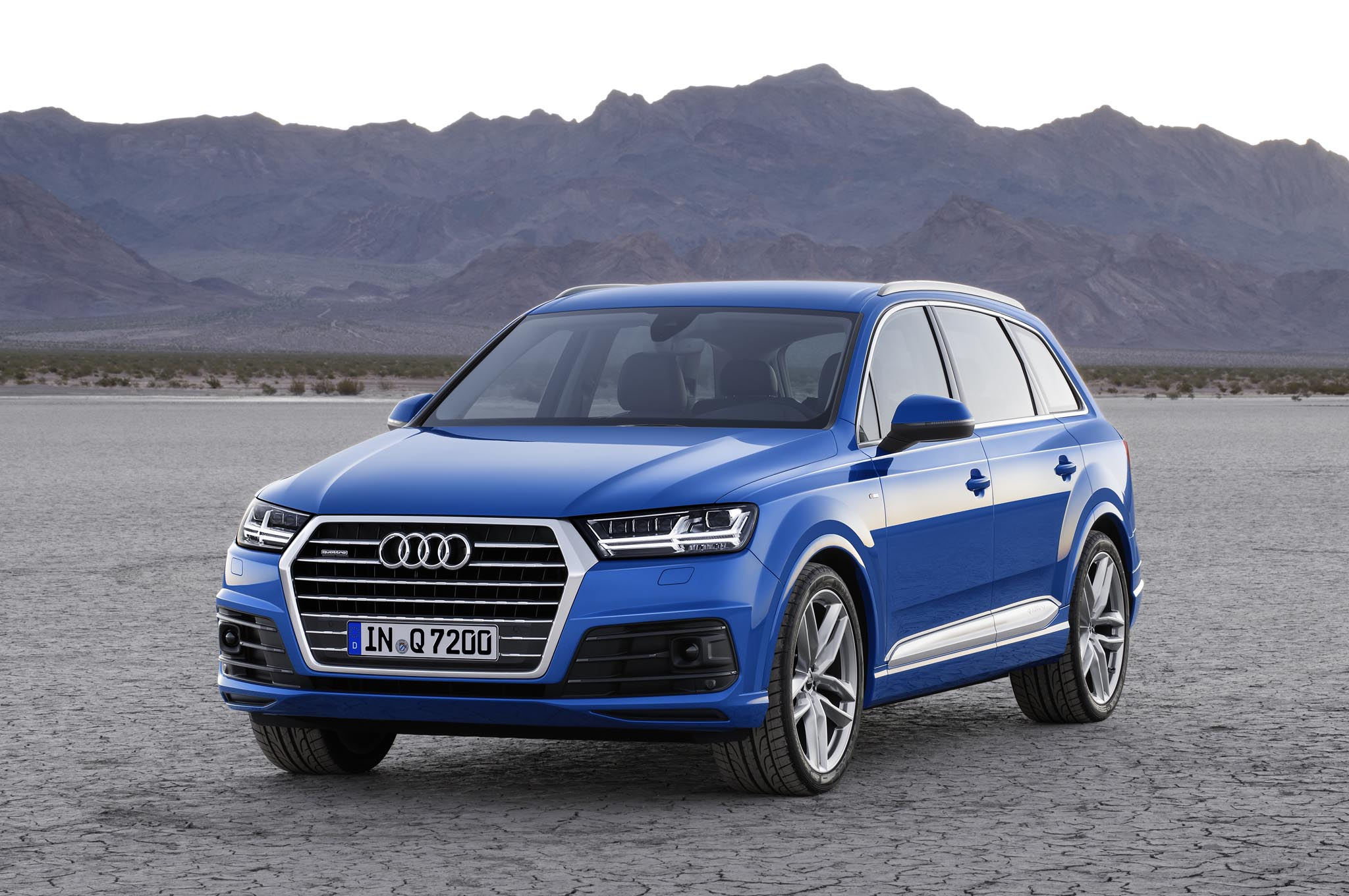 Audi Q (Photo 7 of 8)