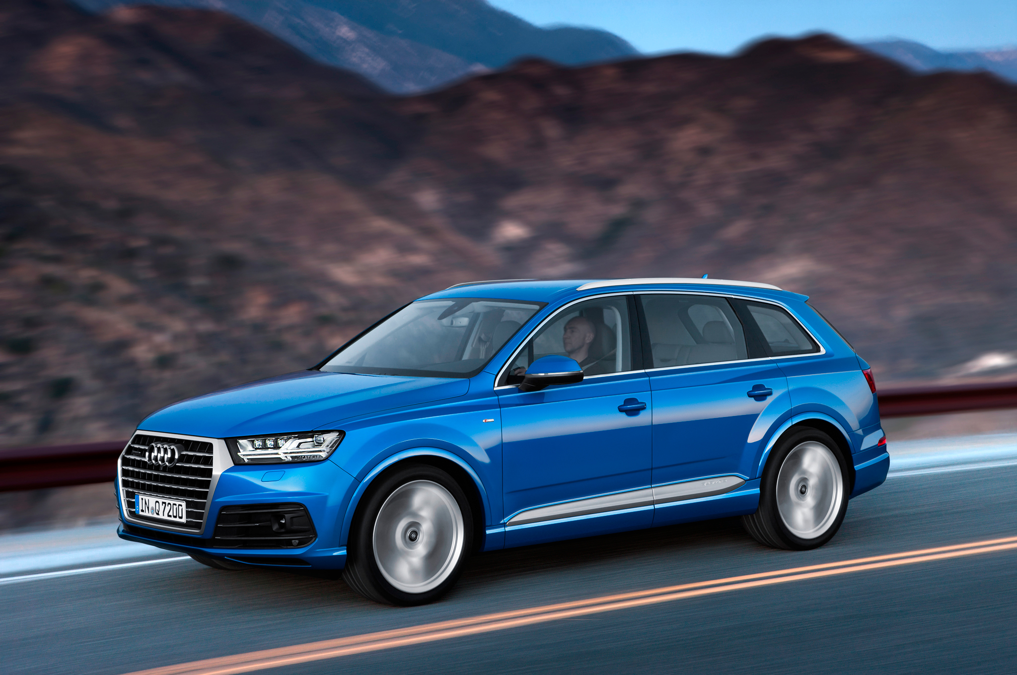 2016 Audi Q7 Performance Test (View 2 of 8)