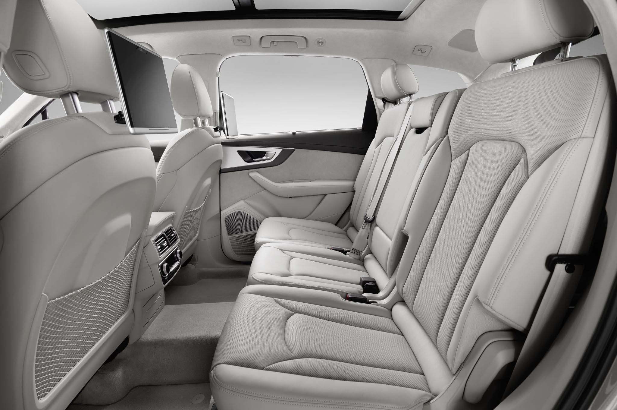 Audi Q (View 3 of 8)