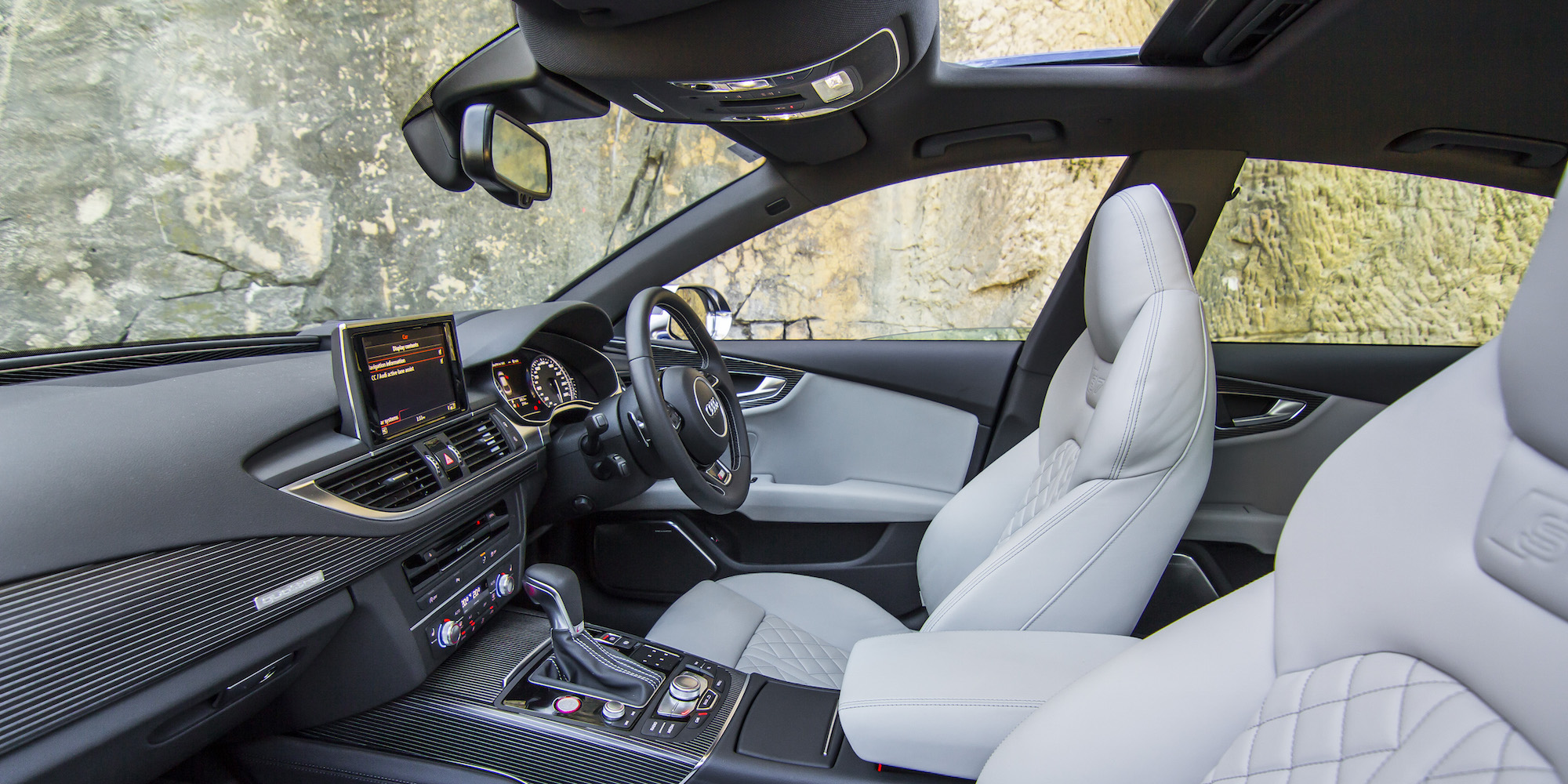 2016 Audi S7 Front Interior Seats (Photo 16 of 30)