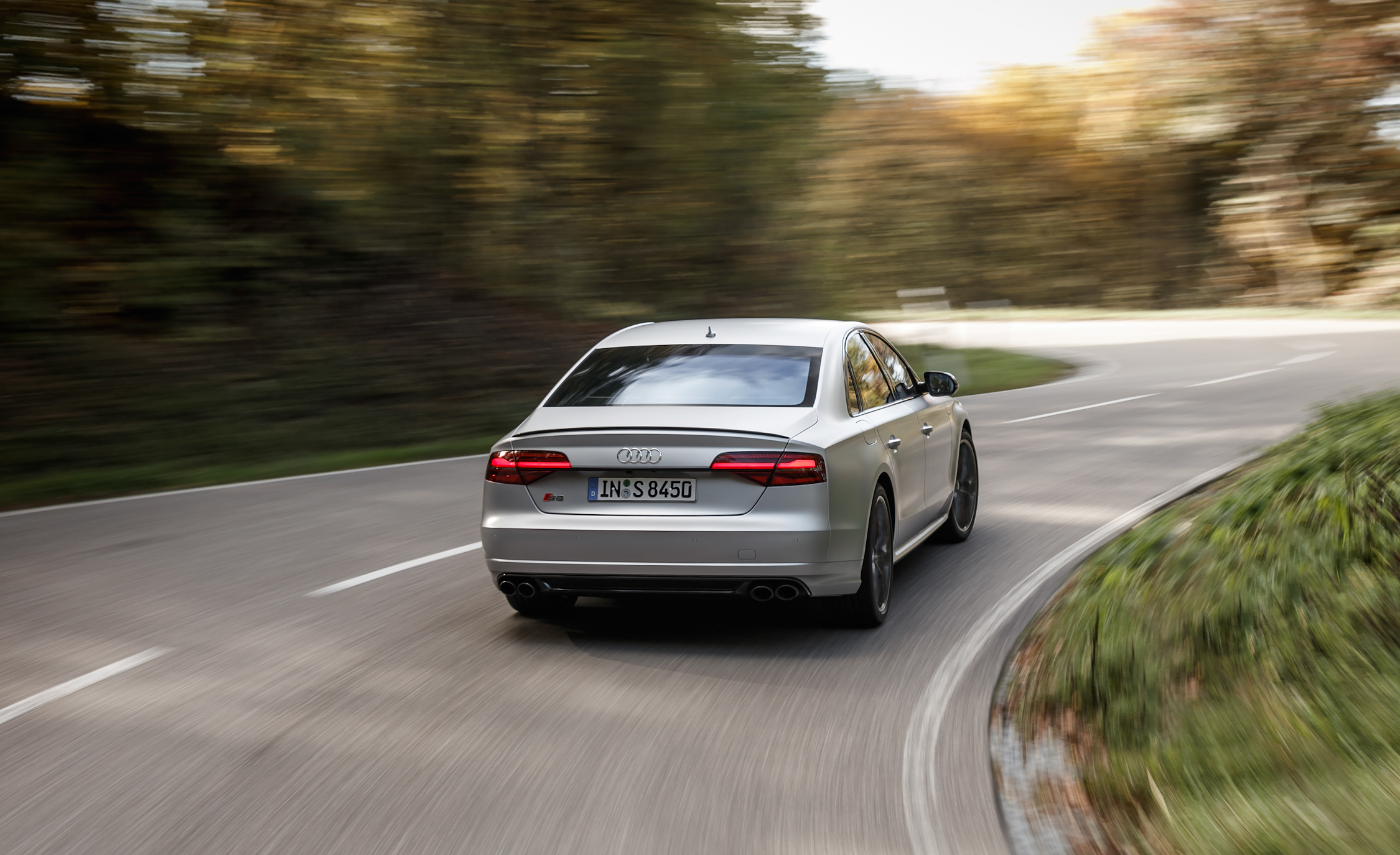 2016 Audi S8 Plus (Photo 12 of 12)