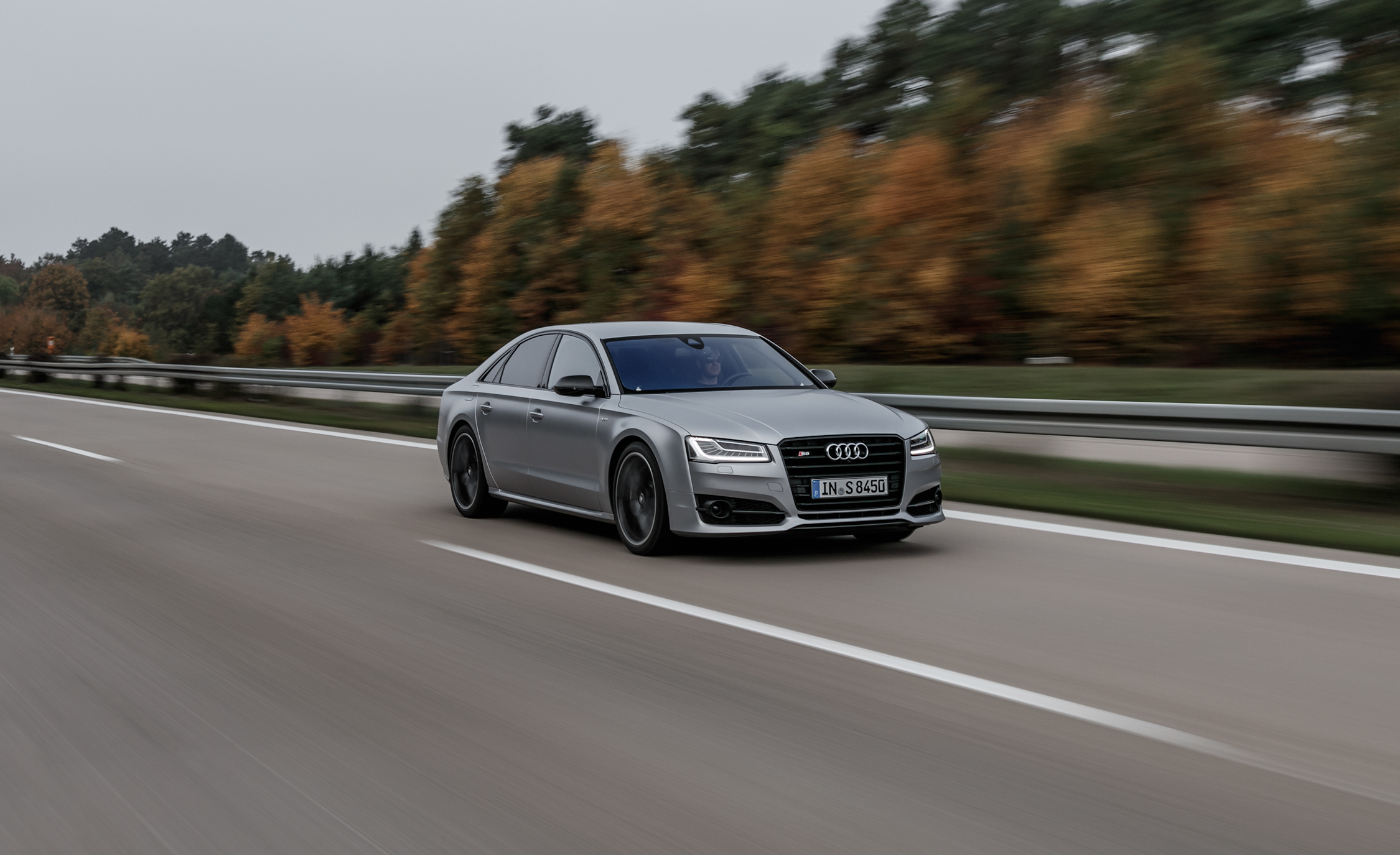 2016 Audi S8 Plus (Photo 6 of 12)