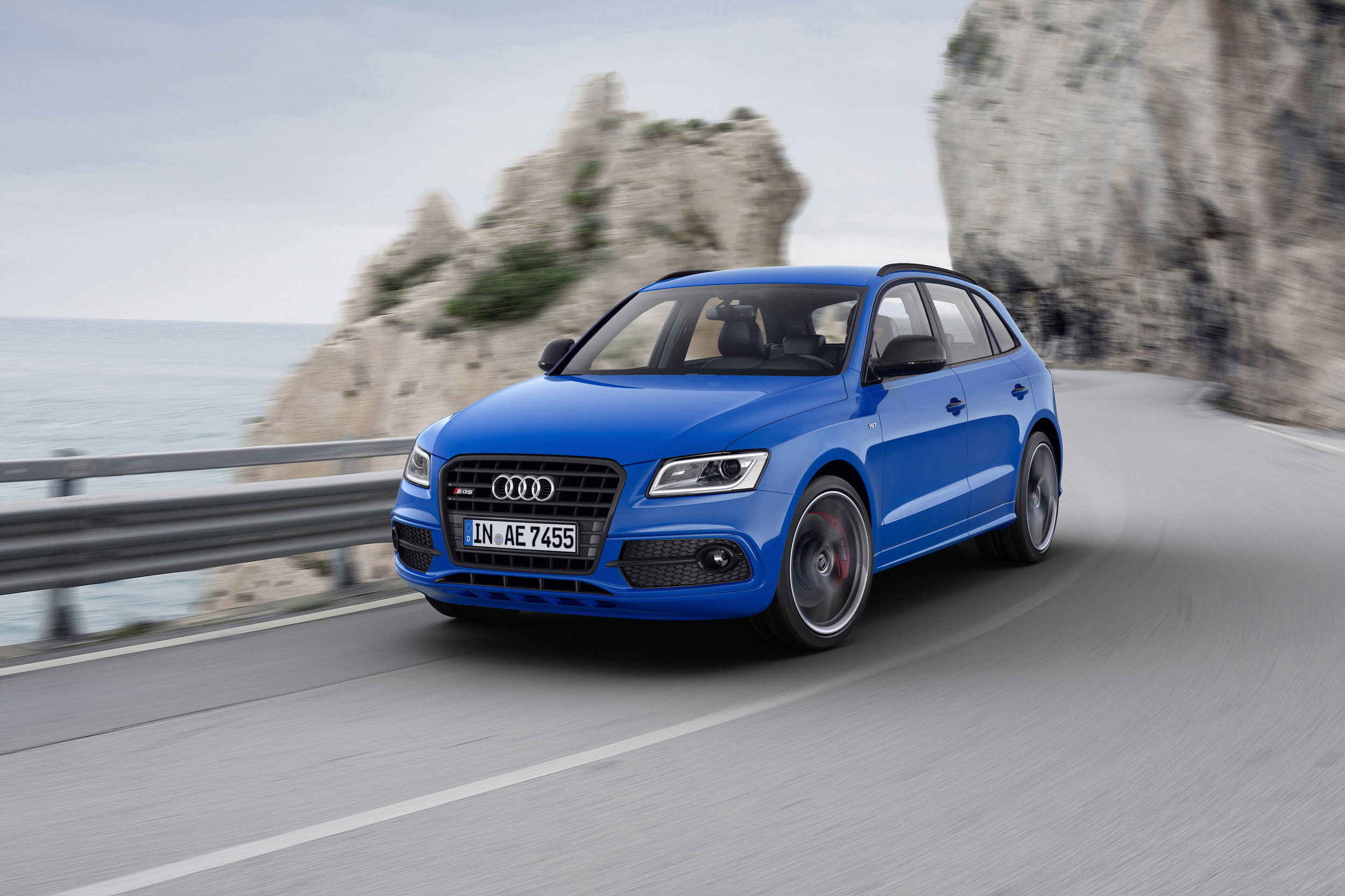 2016 Audi Sq5 Tdi Plus Exterior Preview (Photo 4 of 9)
