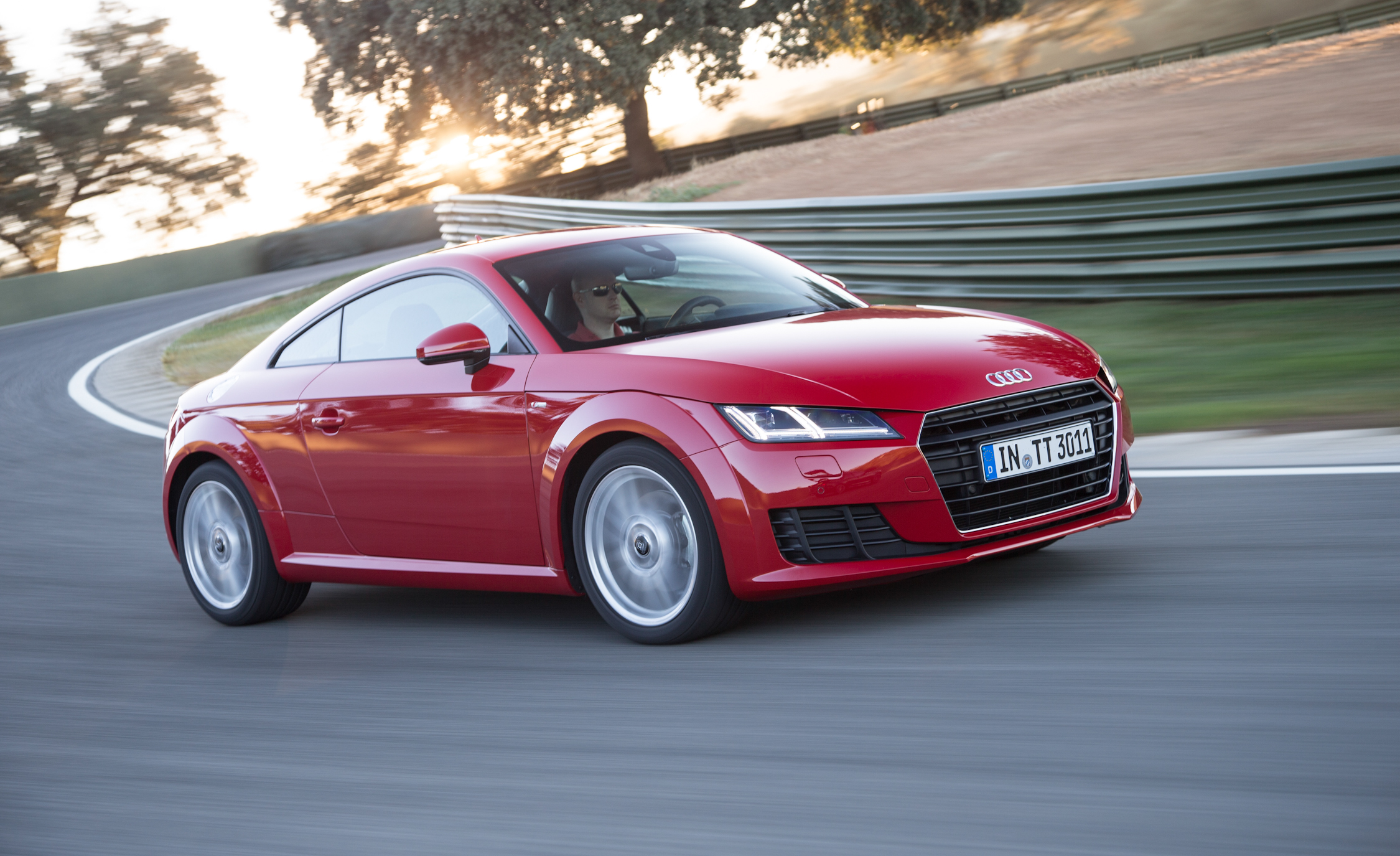 2016 Audi TT / TTS Pictures Gallery (41 Images)