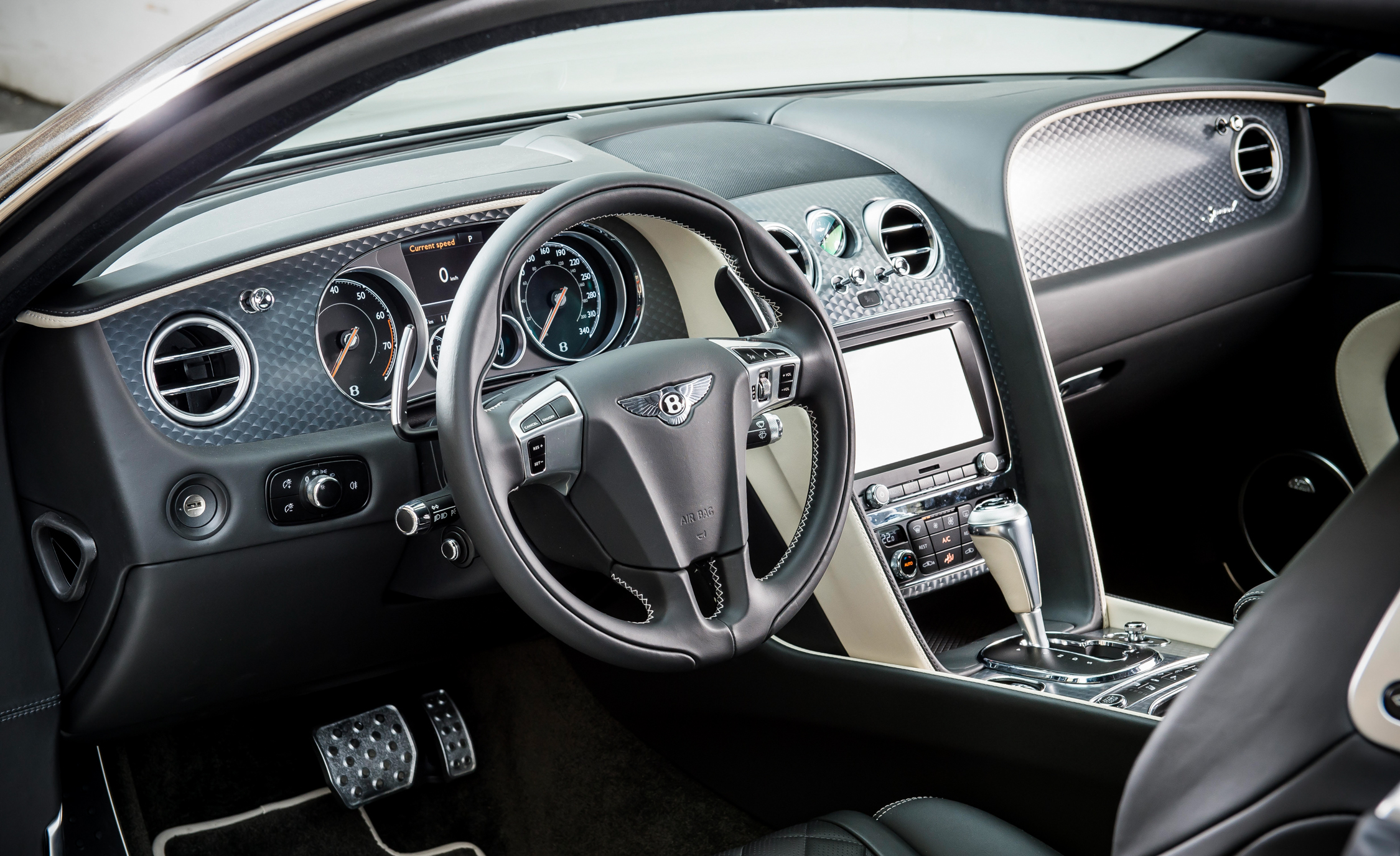 2016 Bentley Continental GT Speed (Photo 3 of 27)