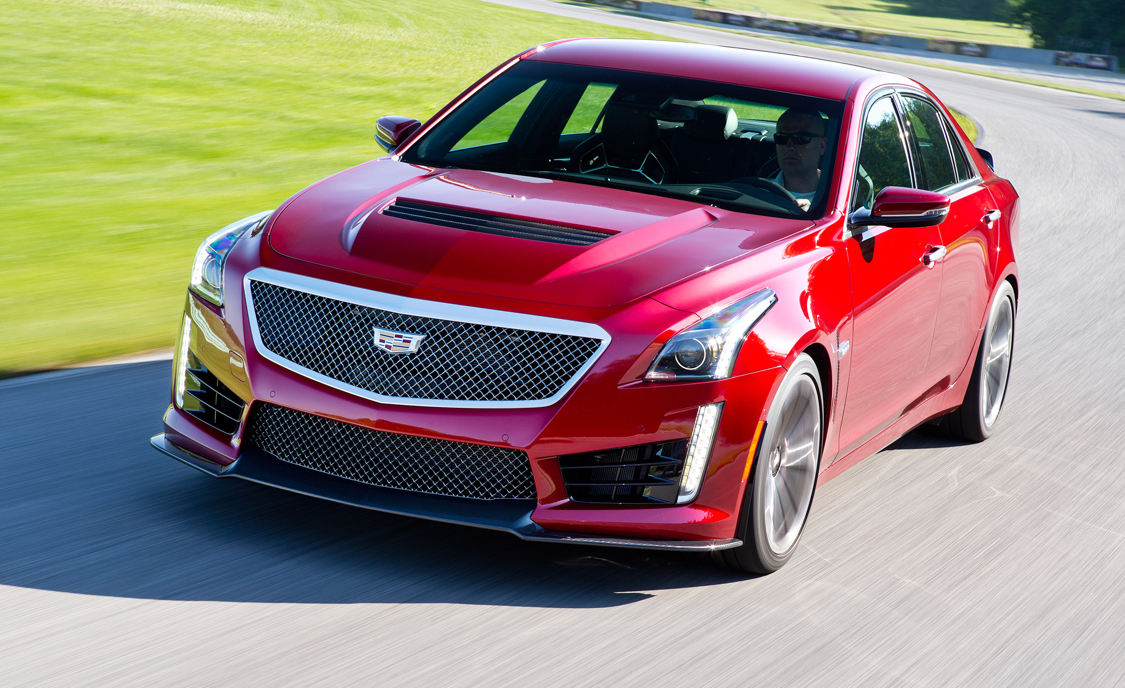 Featured Image of 2016 Cadillac CTS V