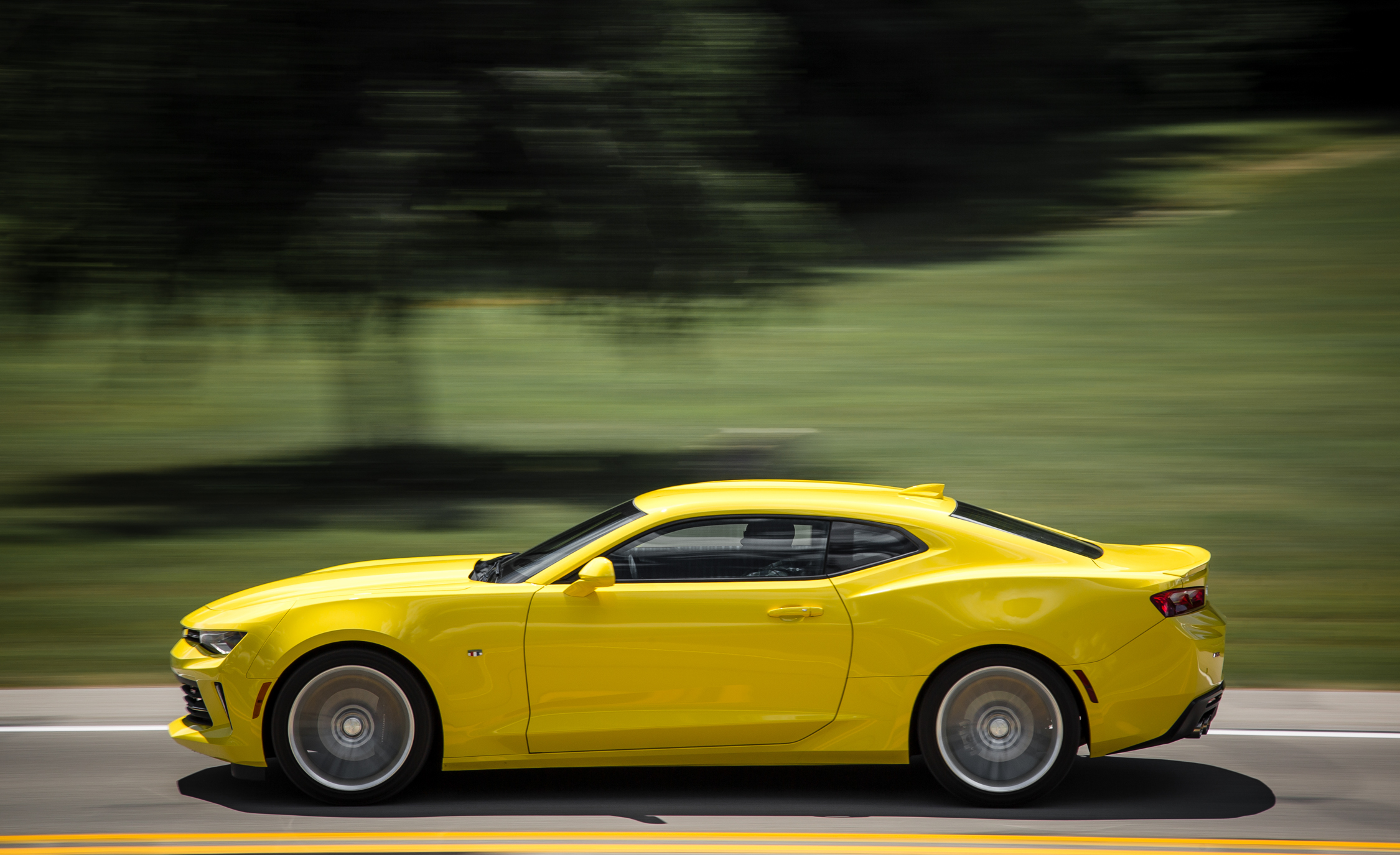 2016 Chevrolet Camaro RS (Photo 15 of 54)