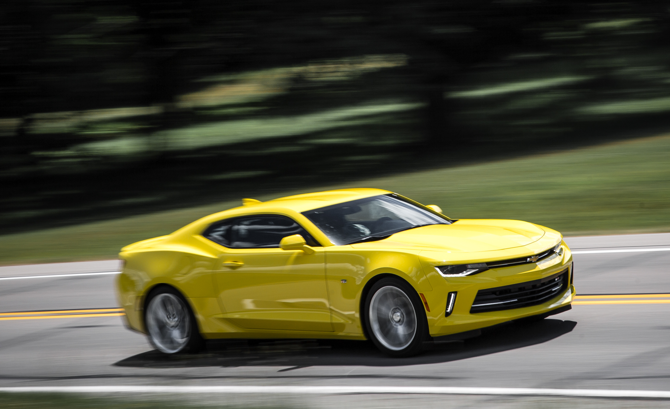 2016 Chevrolet Camaro RS (Photo 18 of 54)