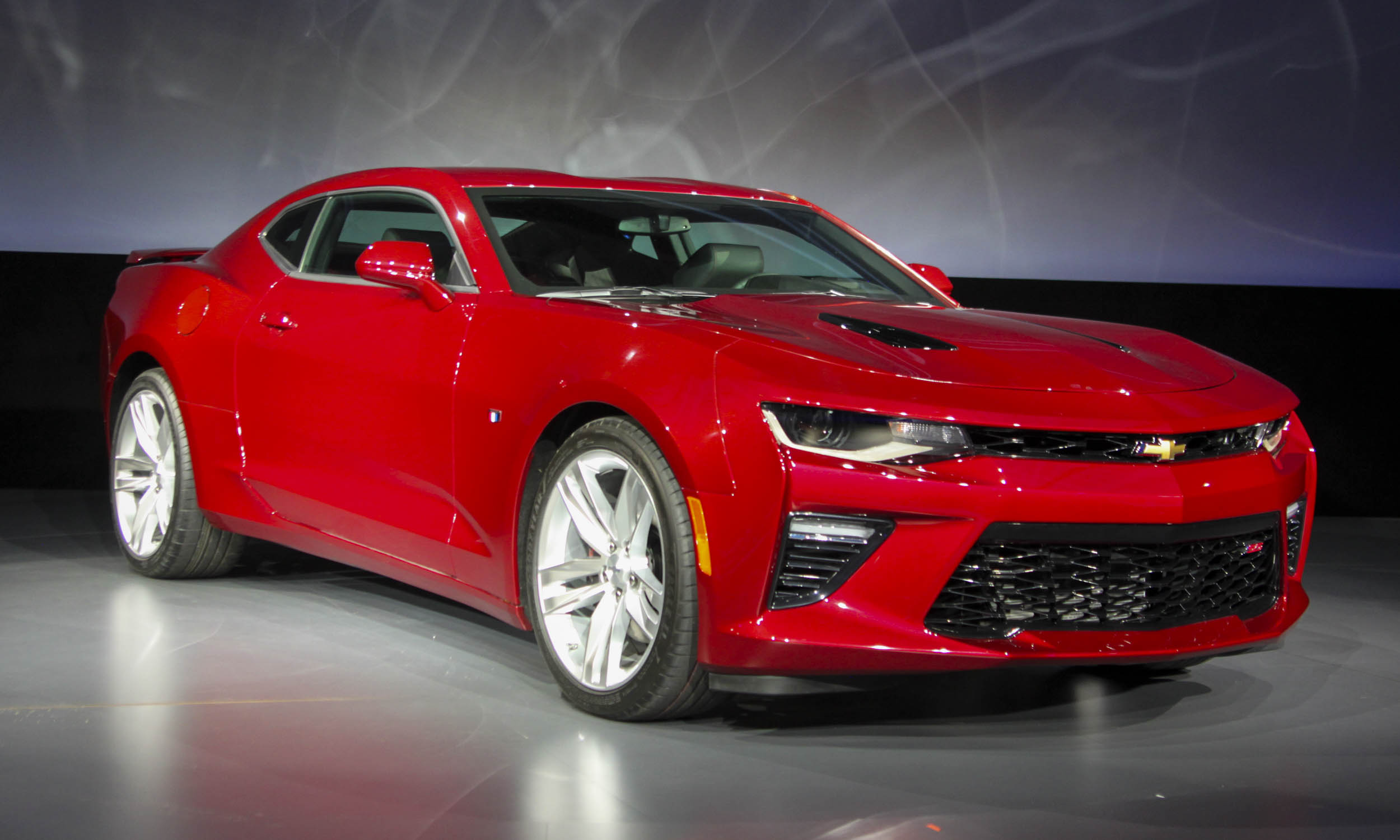 2016 Chevrolet Camaro Ss Front Side Exterior Preview (Photo 52 of 54)