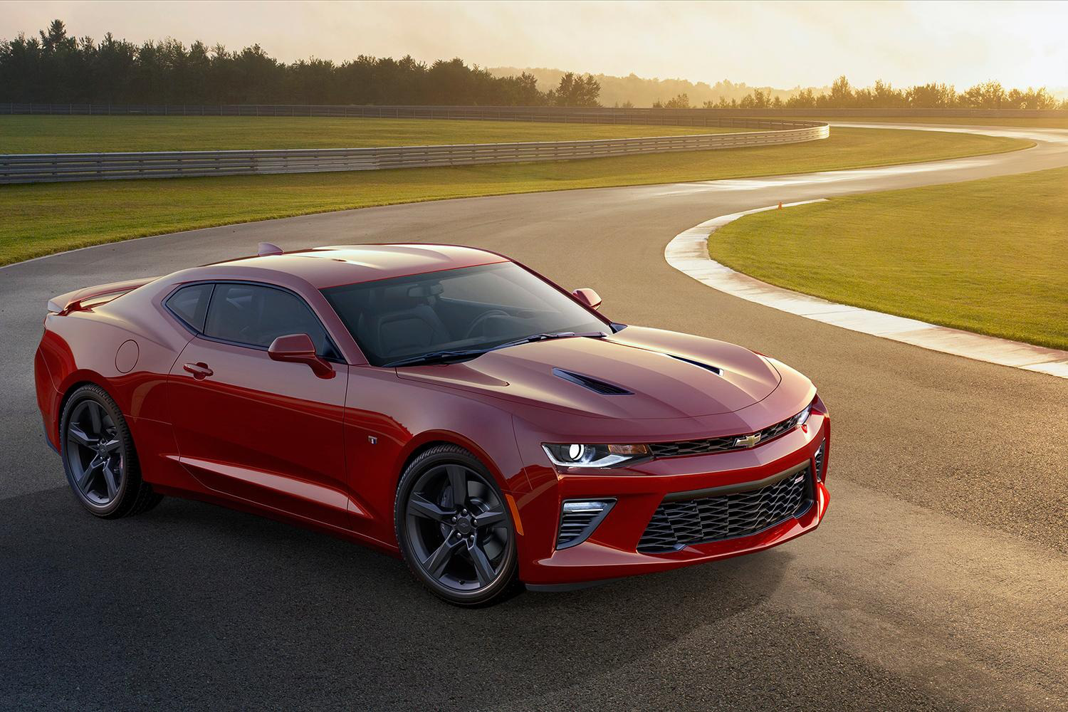 2016 Chevrolet Camaro Six (Photo 43 of 54)