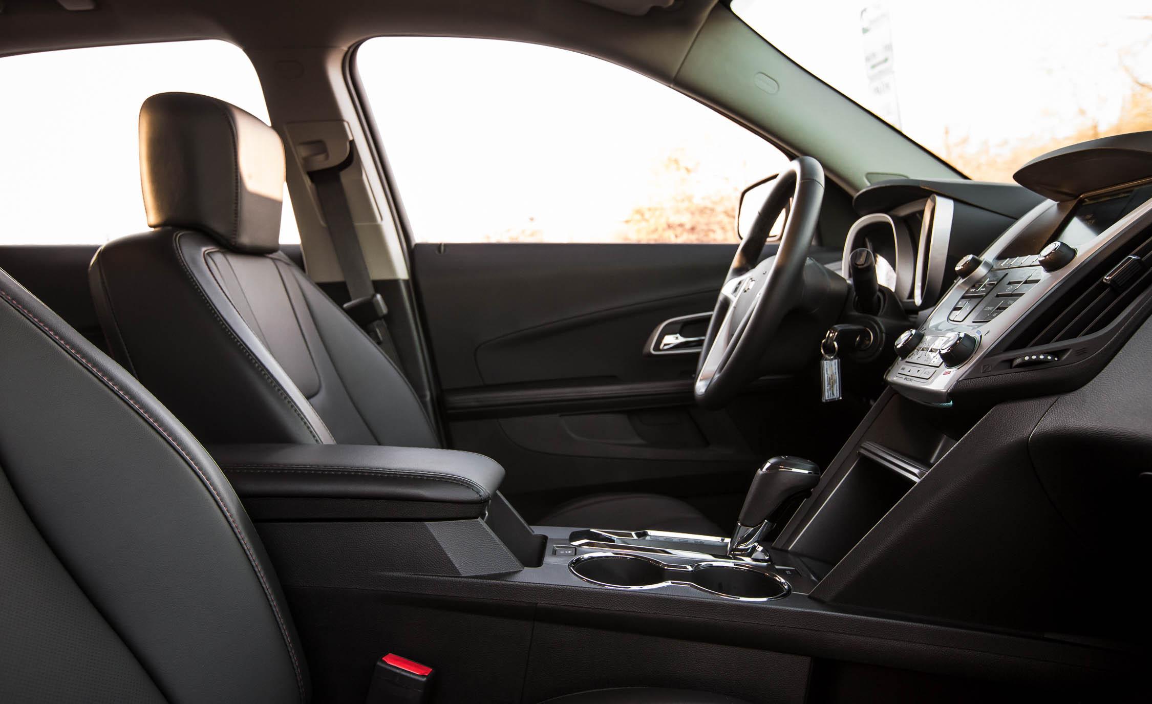 2016 Chevrolet Equinox LTZ (Photo 3 of 25)