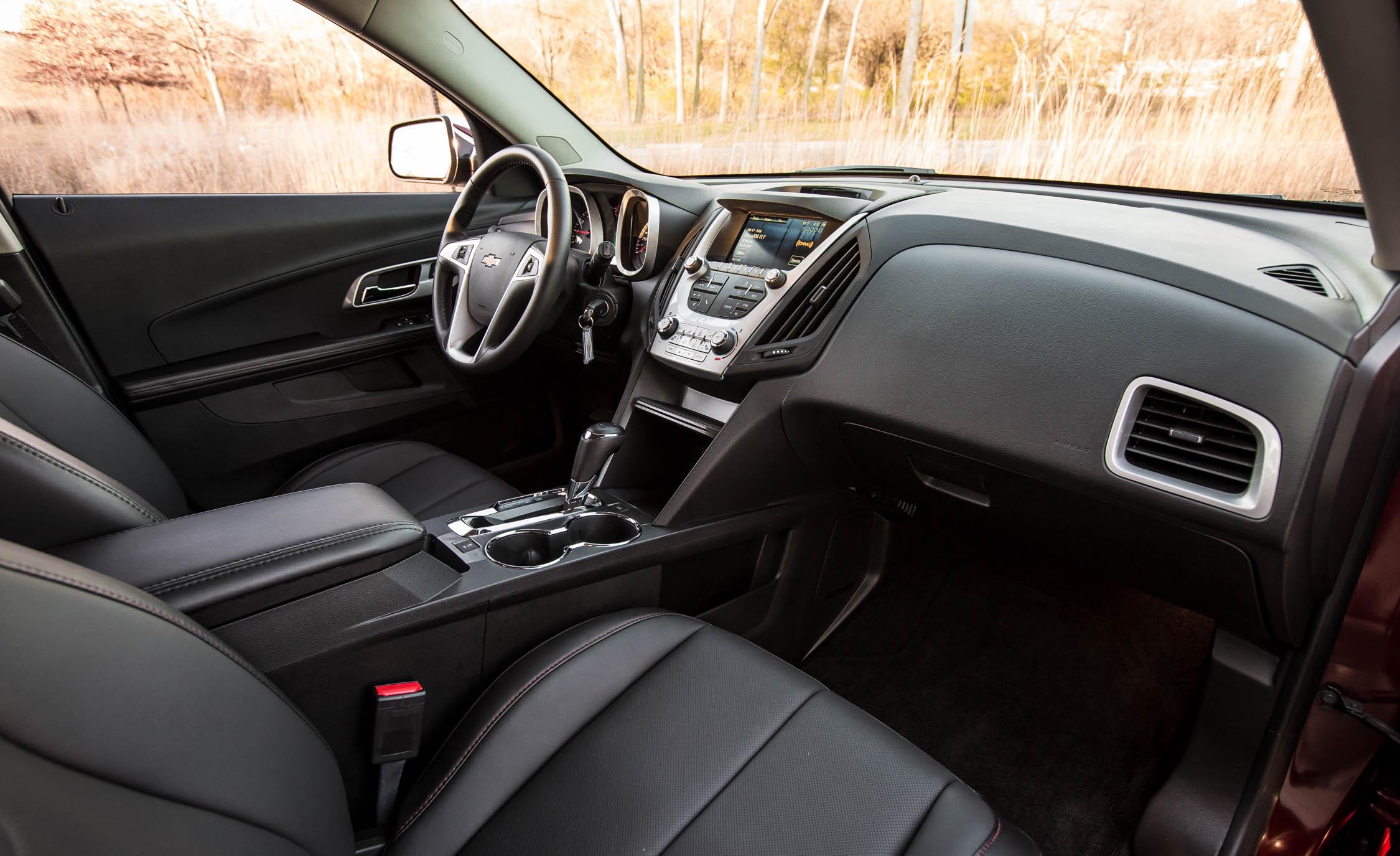 2016 Chevrolet Equinox LTZ (Photo 4 of 25)