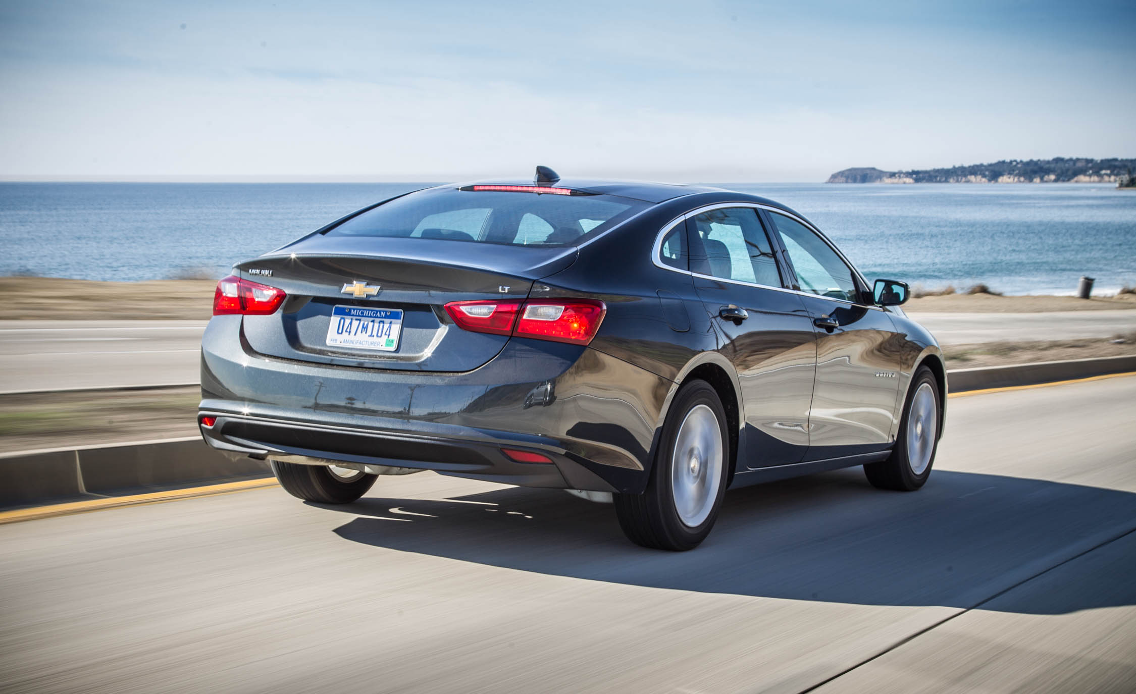2016 Chevrolet Malibu LT  (Photo 8 of 19)