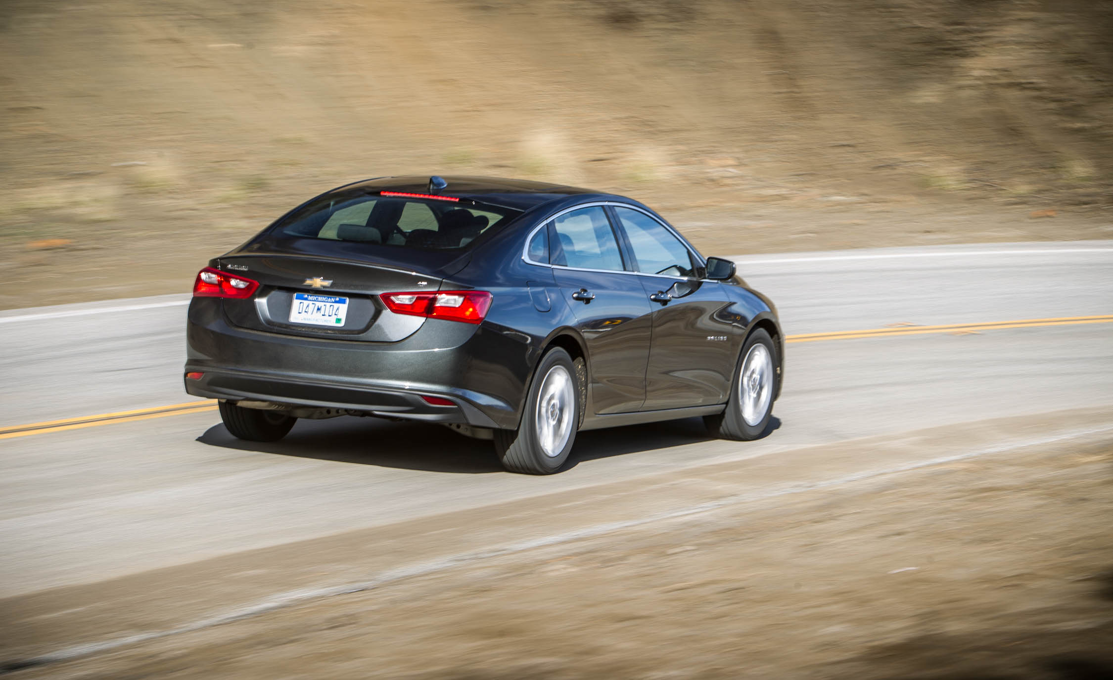 2016 Chevrolet Malibu LT  (Photo 9 of 19)
