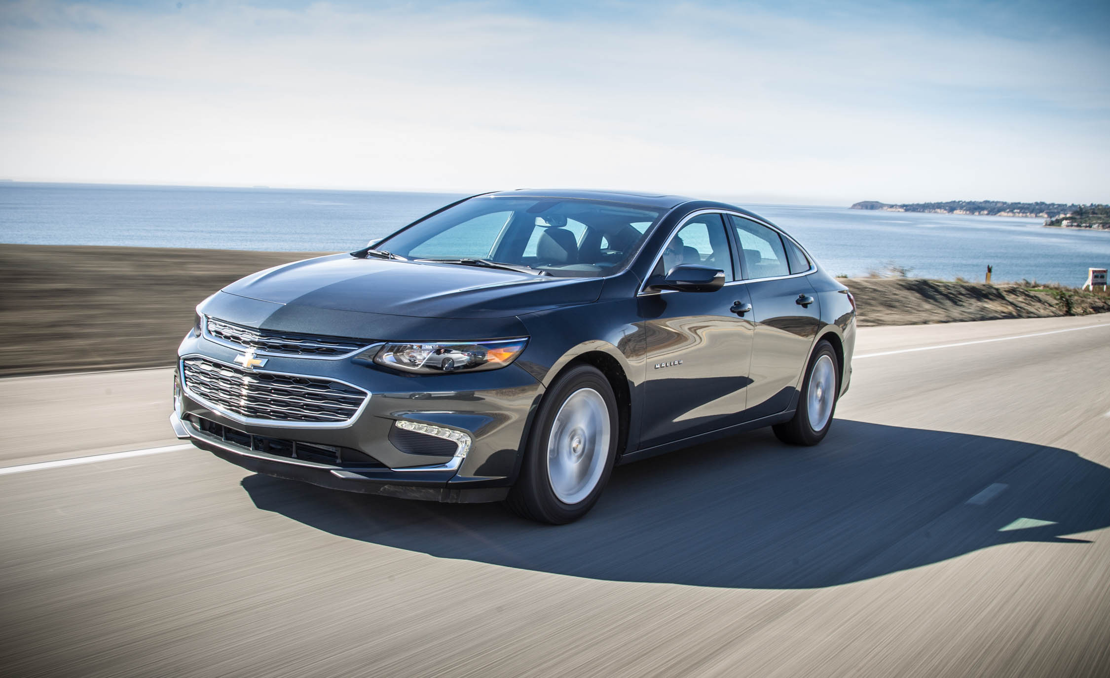 Featured Image of 2016 Chevrolet Malibu