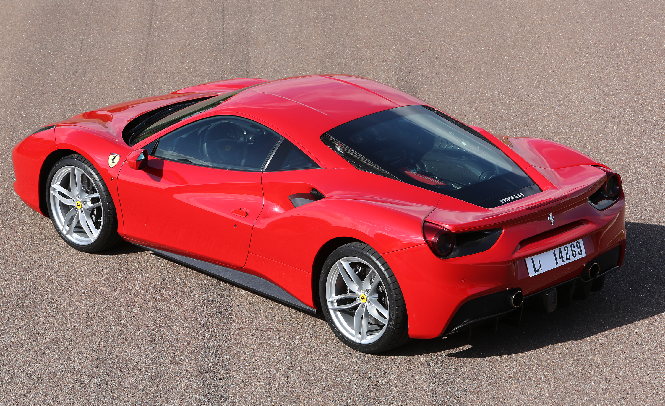 2016 Ferrari 488GTB (View 23 of 34)