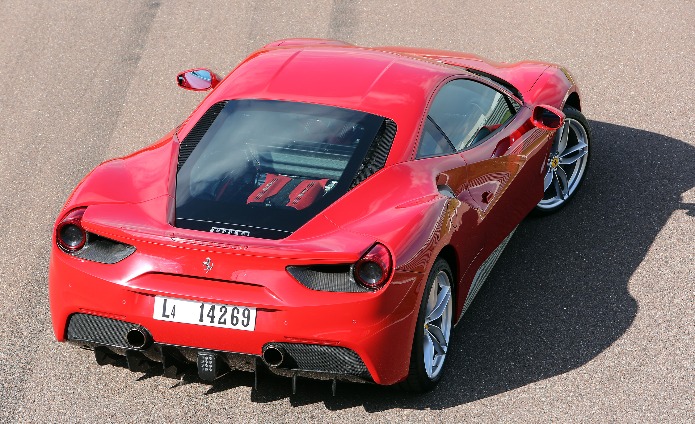 2016 Ferrari 488GTB (View 26 of 34)