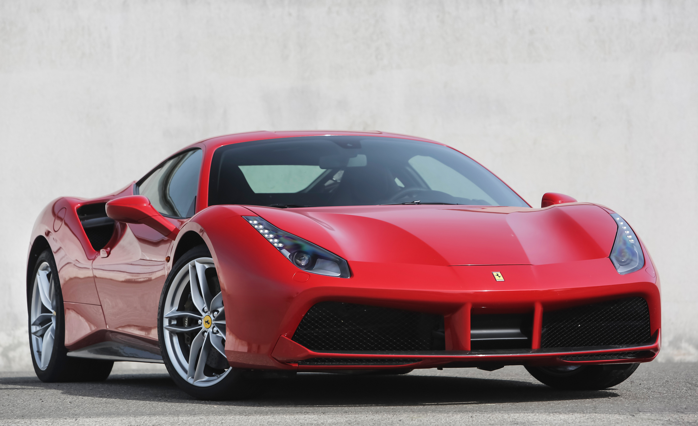 2016 Ferrari 488GTB (View 18 of 34)