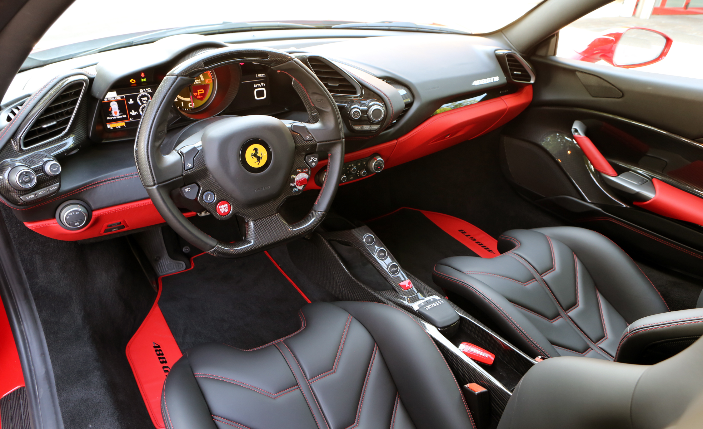 2016 Ferrari 488GTB (View 33 of 34)