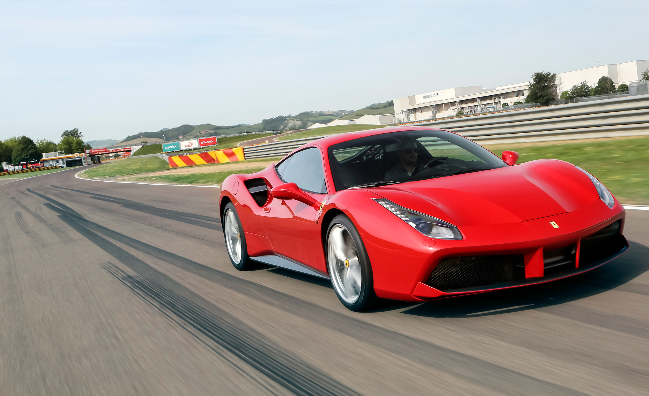 2016 Ferrari 488GTB (View 6 of 34)