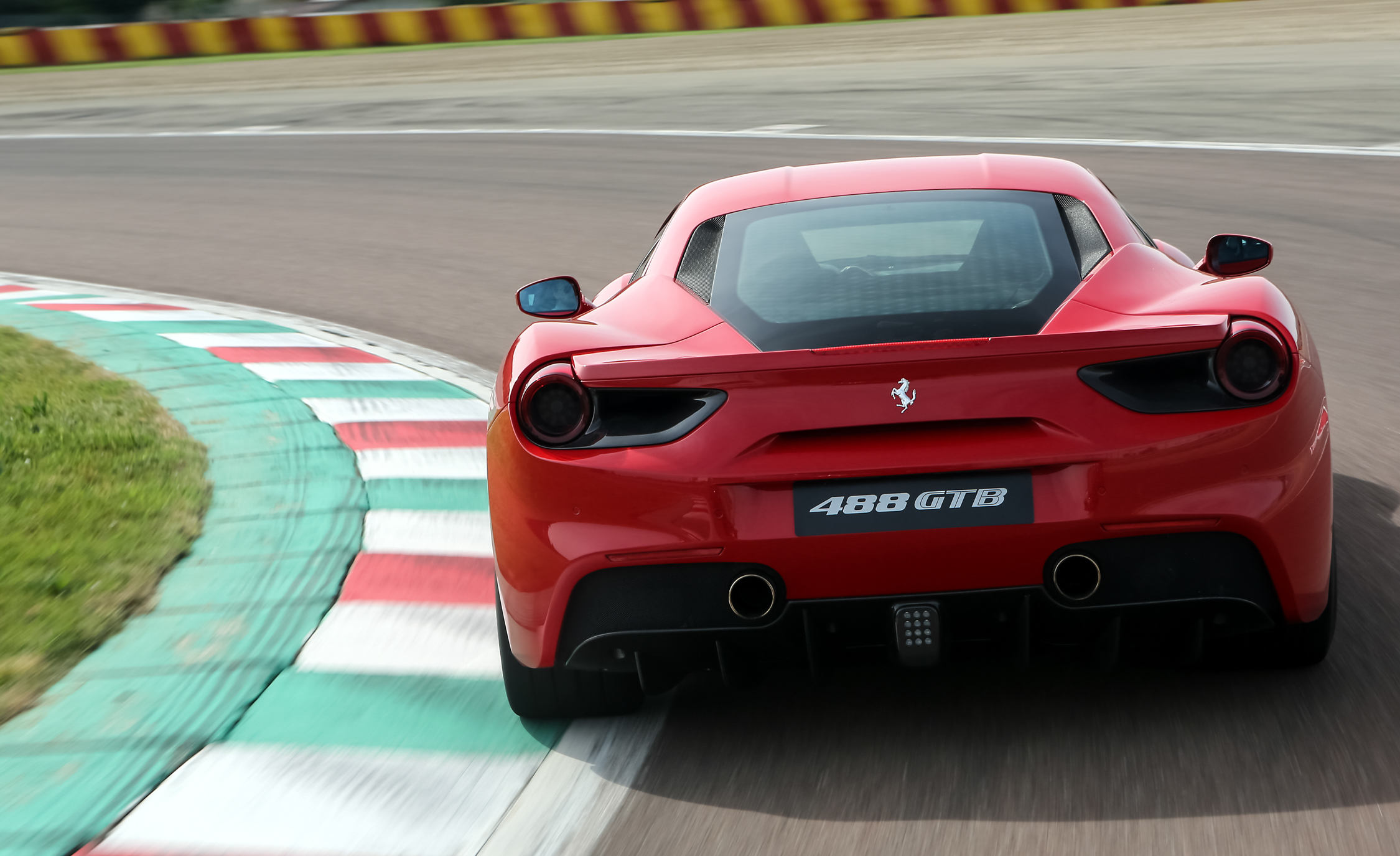 2016 Ferrari 488GTB (View 10 of 34)