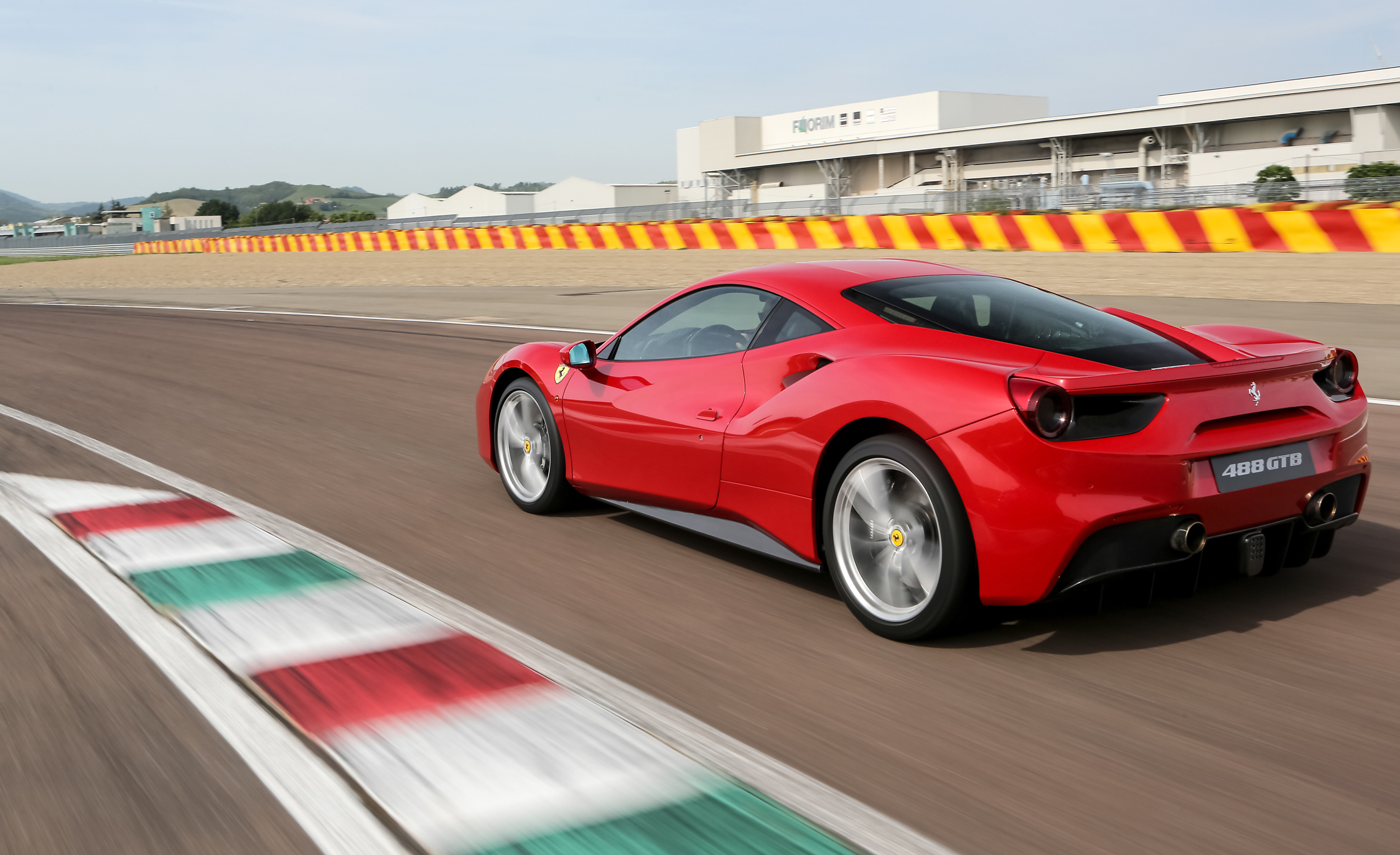 2016 Ferrari 488GTB (View 9 of 34)