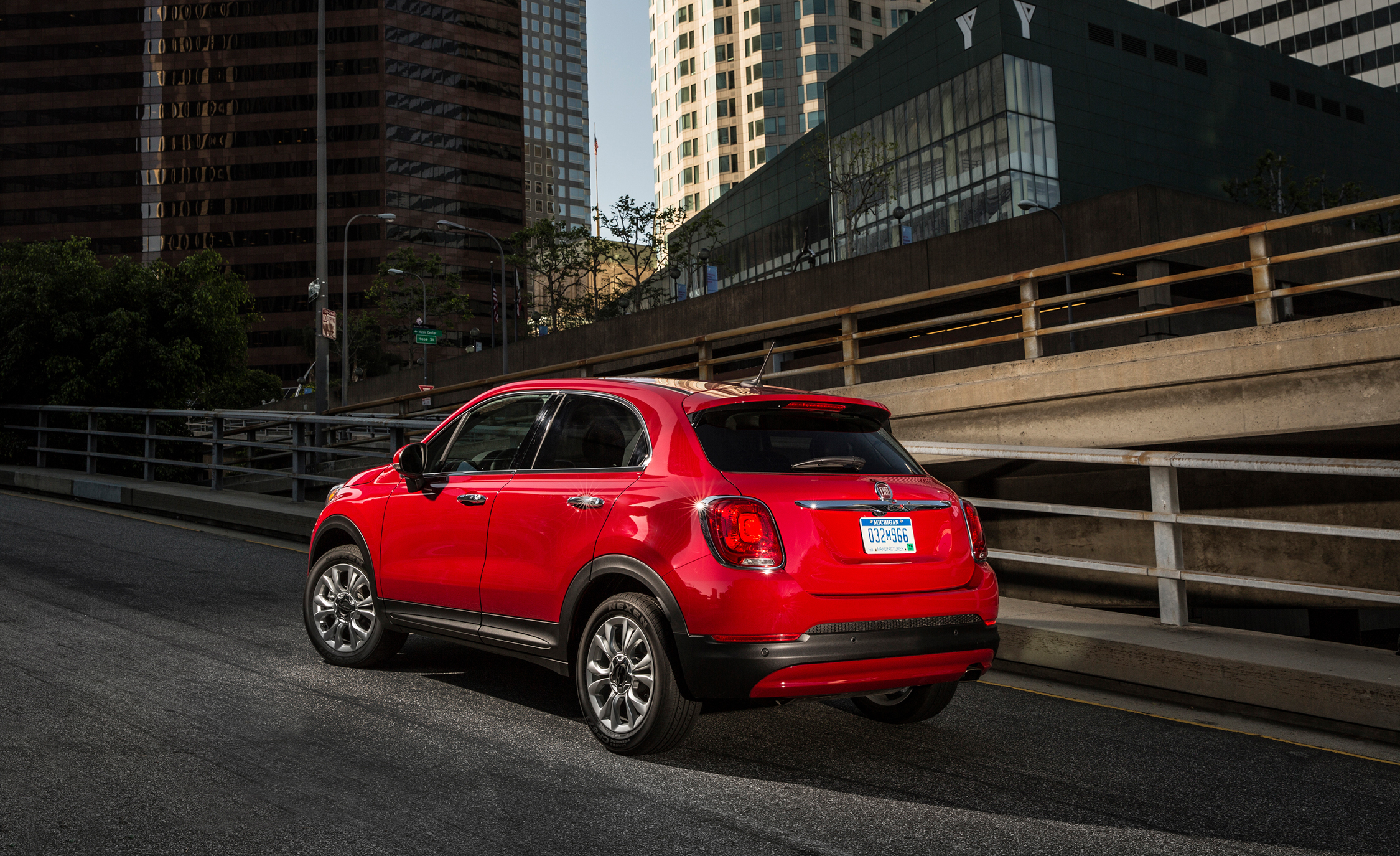 2016 Fiat 500X Lounge (Photo 20 of 66)
