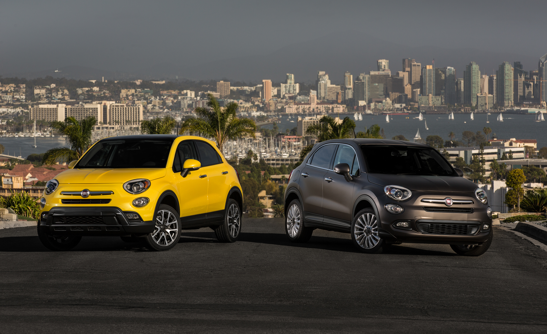 2016 Fiat 500X (left To Right) Trekking Plus And Lounge (Photo 2 of 66)