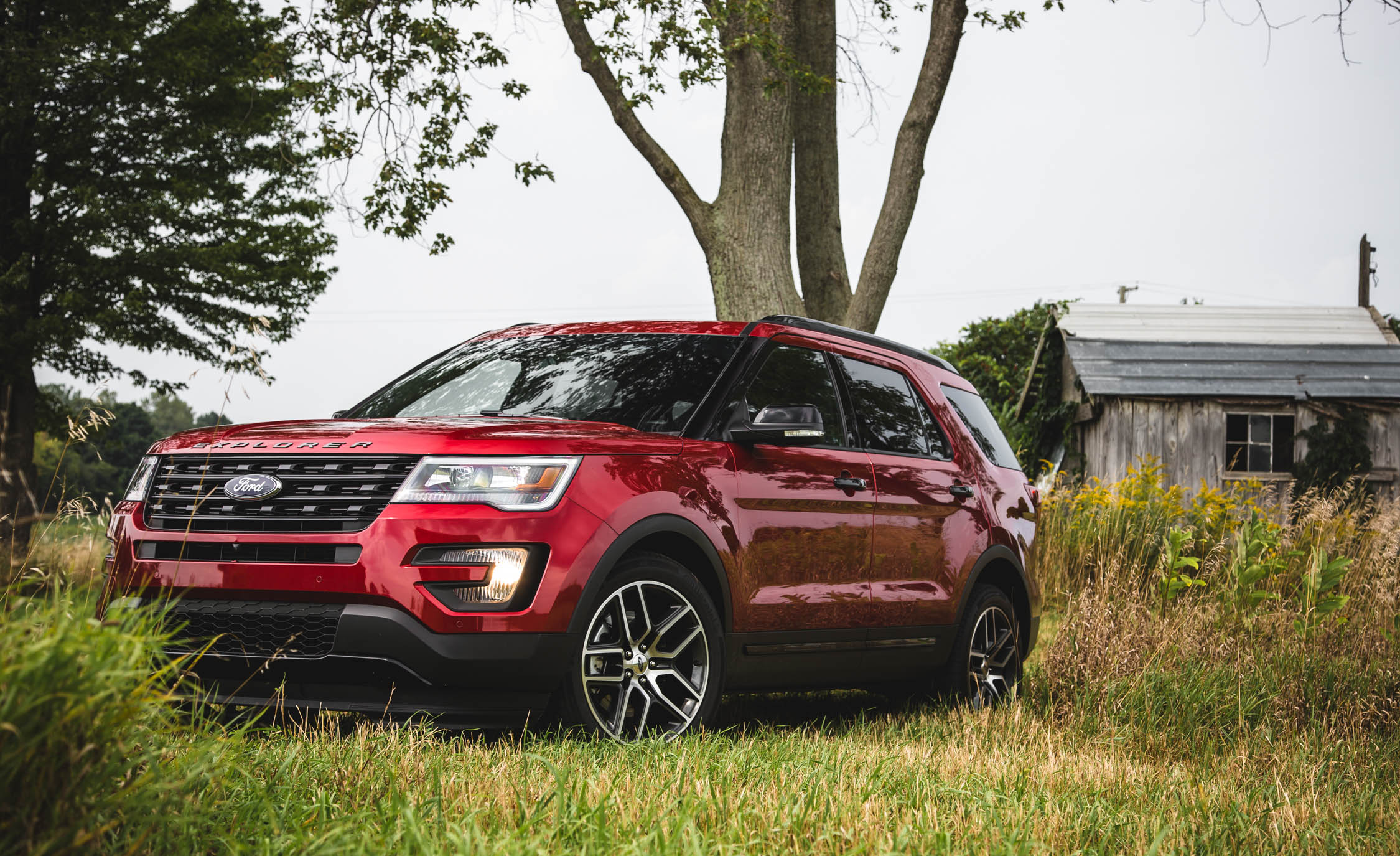 2016 Ford Explorer Sport (Photo 17 of 25)