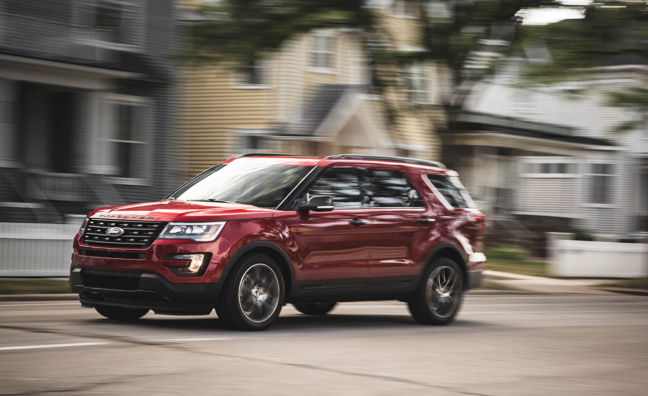 2016 Ford Explorer Sport (Photo 11 of 25)