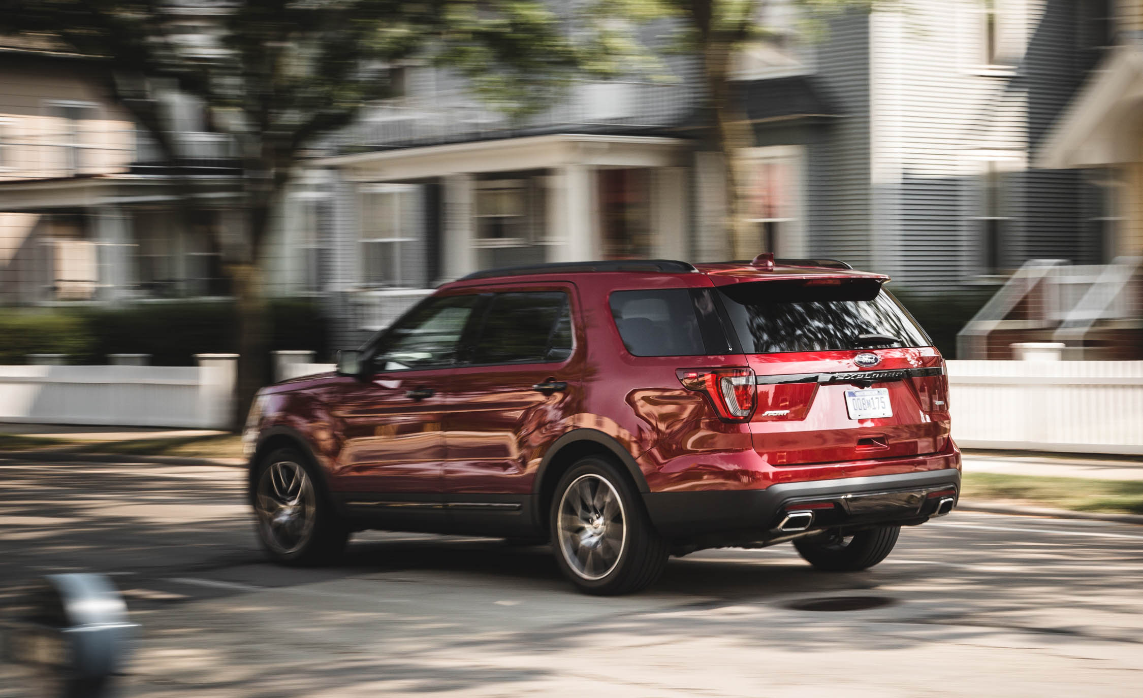 2016 Ford Explorer Sport (Photo 12 of 25)
