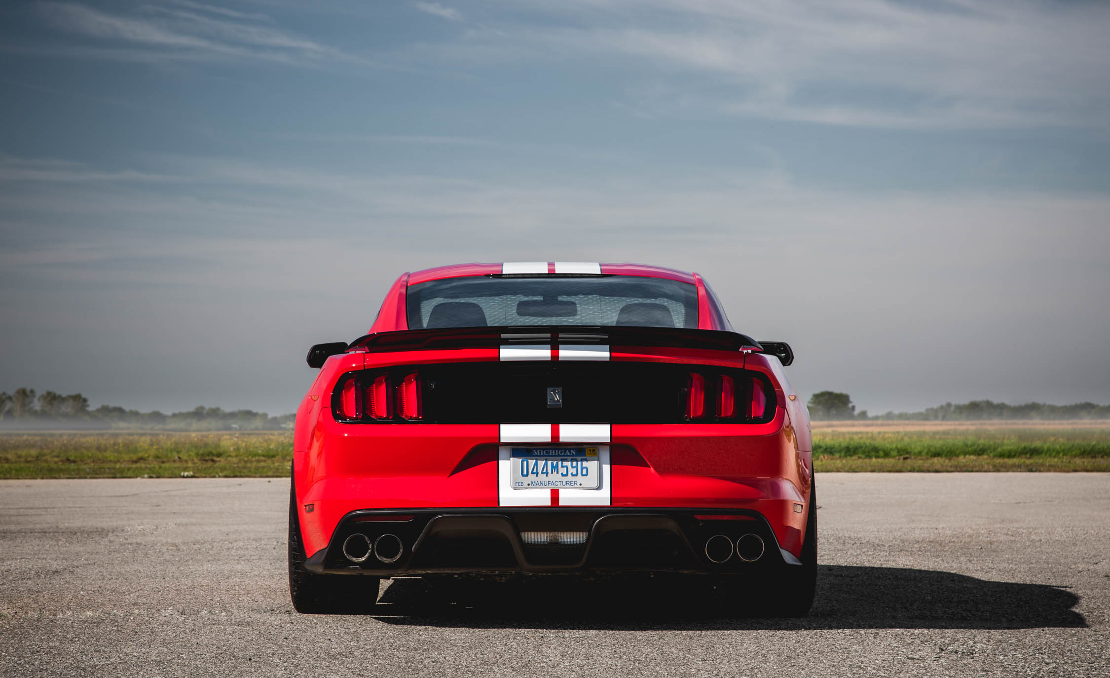 2016 Ford Mustang Shelby GT350 (Photo 16 of 47)