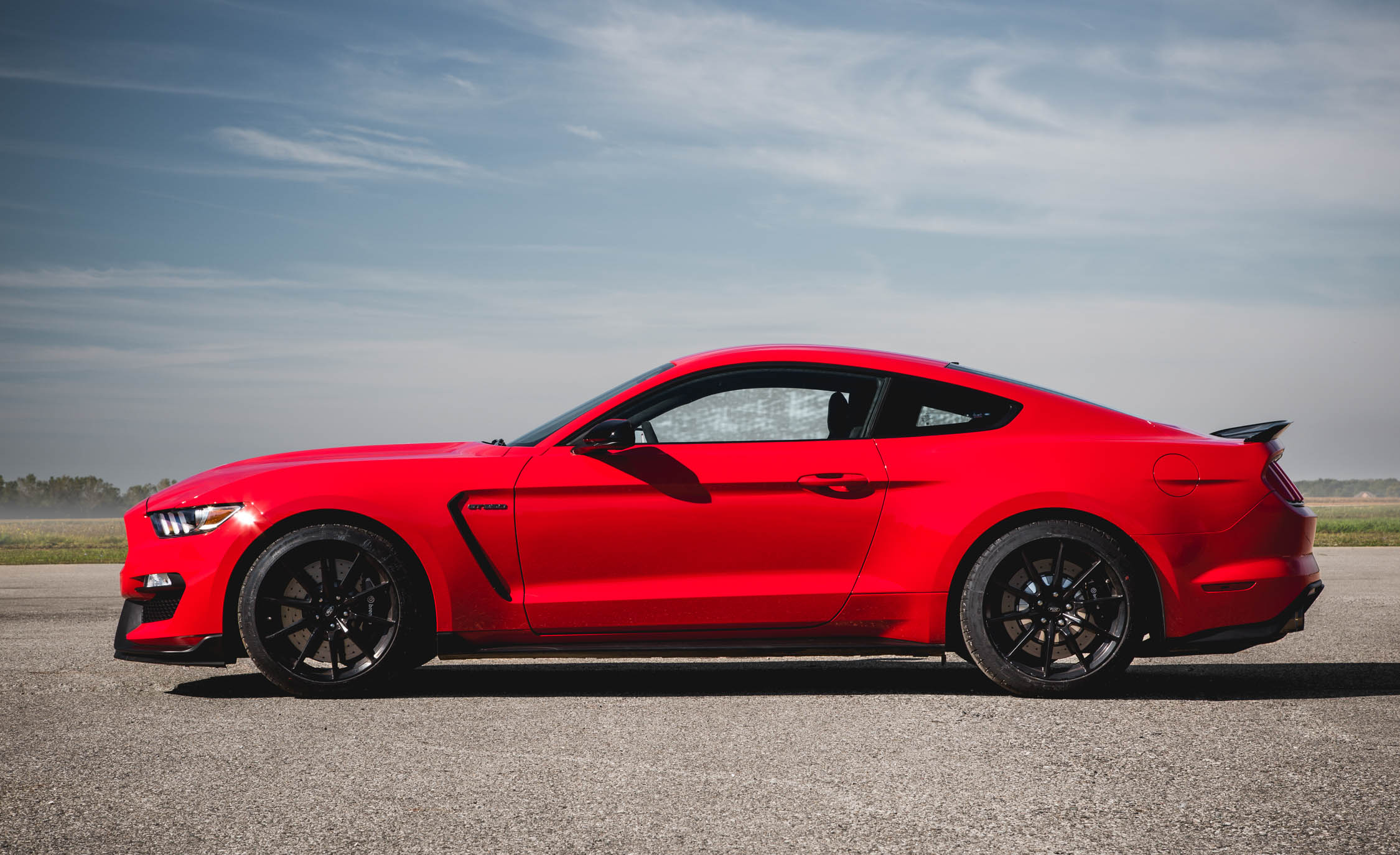 2016 Ford Mustang Shelby GT350 (Photo 17 of 47)