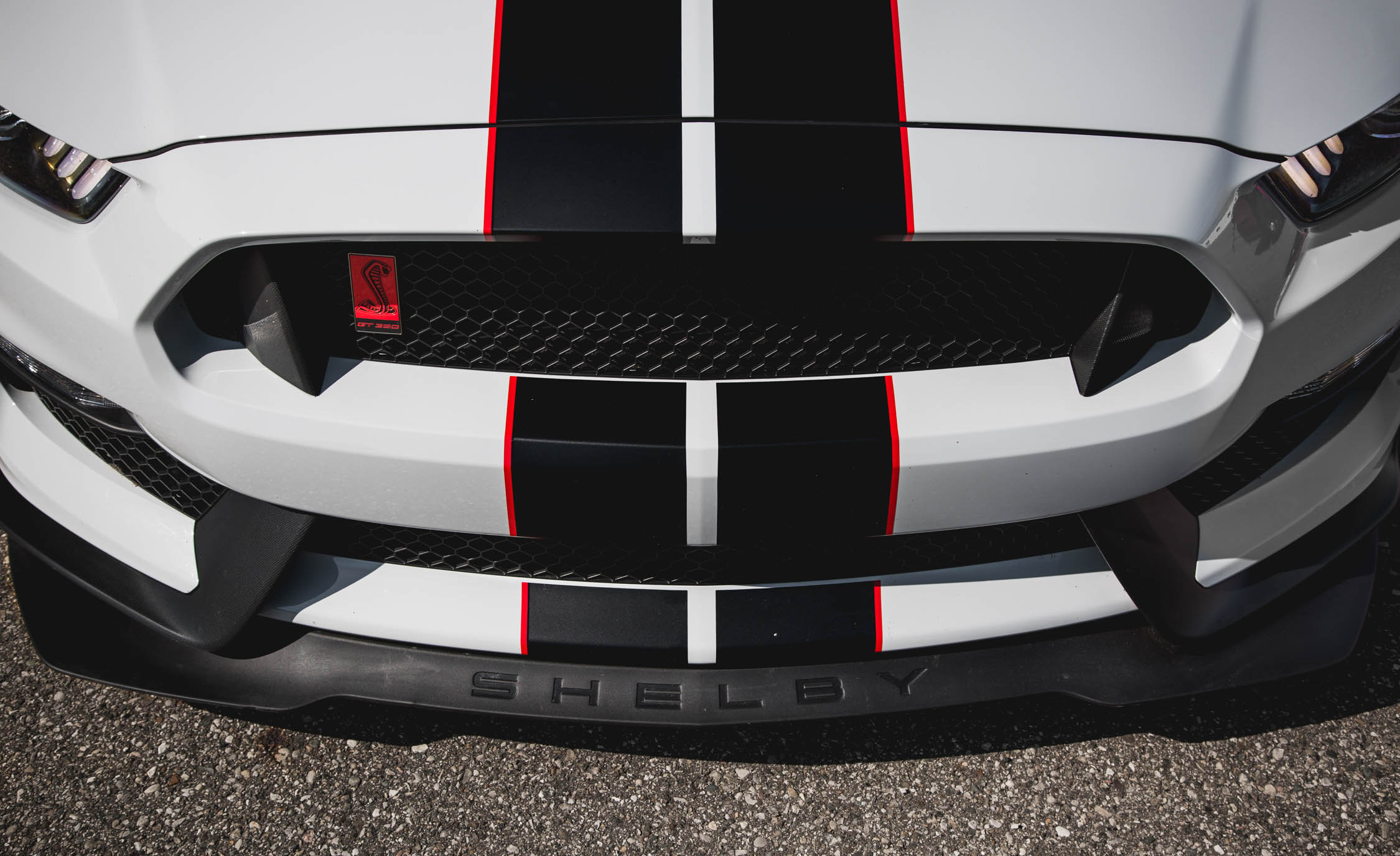 2016 Ford Mustang Shelby GT350R (Photo 27 of 47)