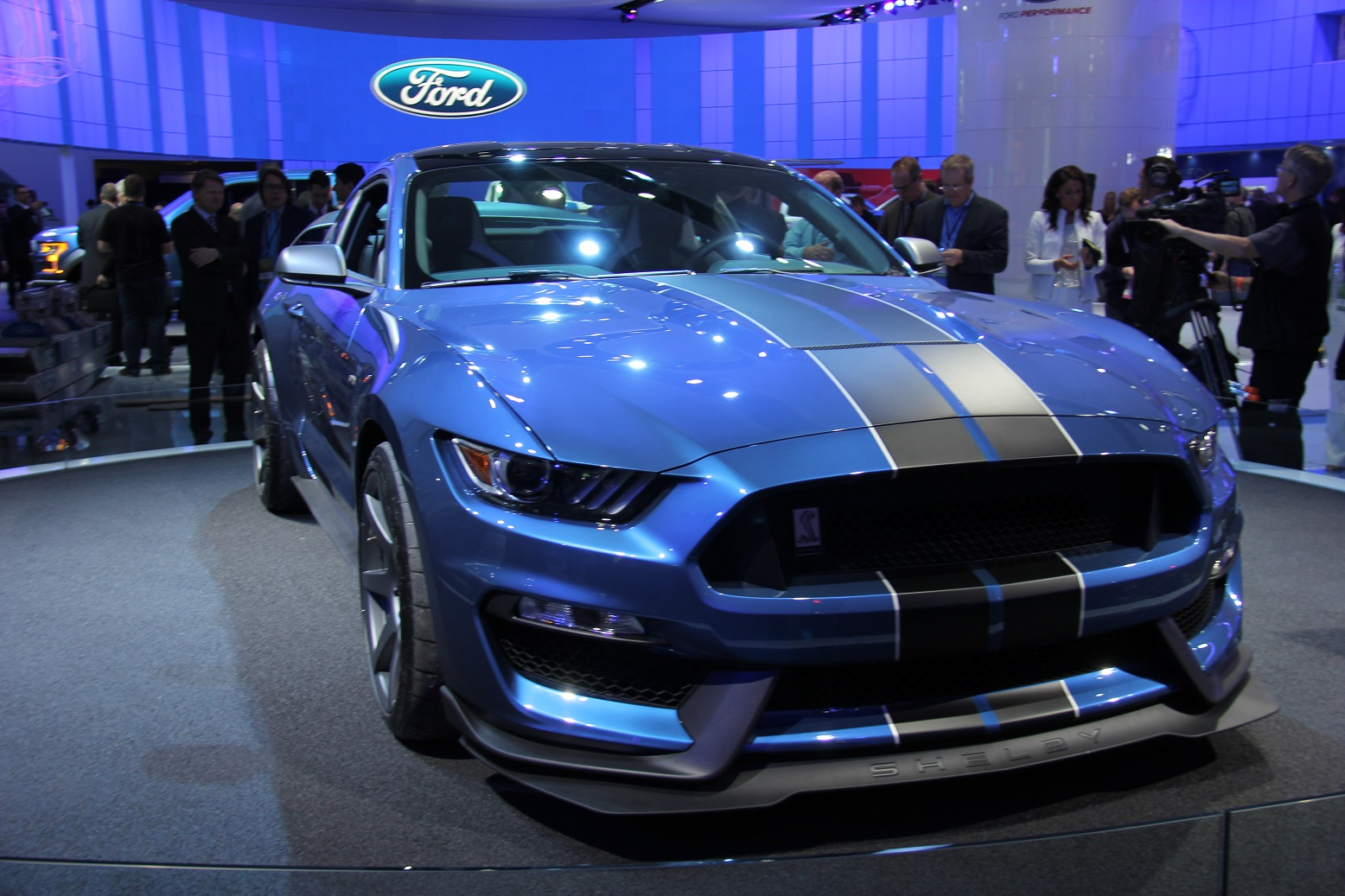 2016 Ford Mustang Shelby Gt350r Overview (Photo 32 of 47)
