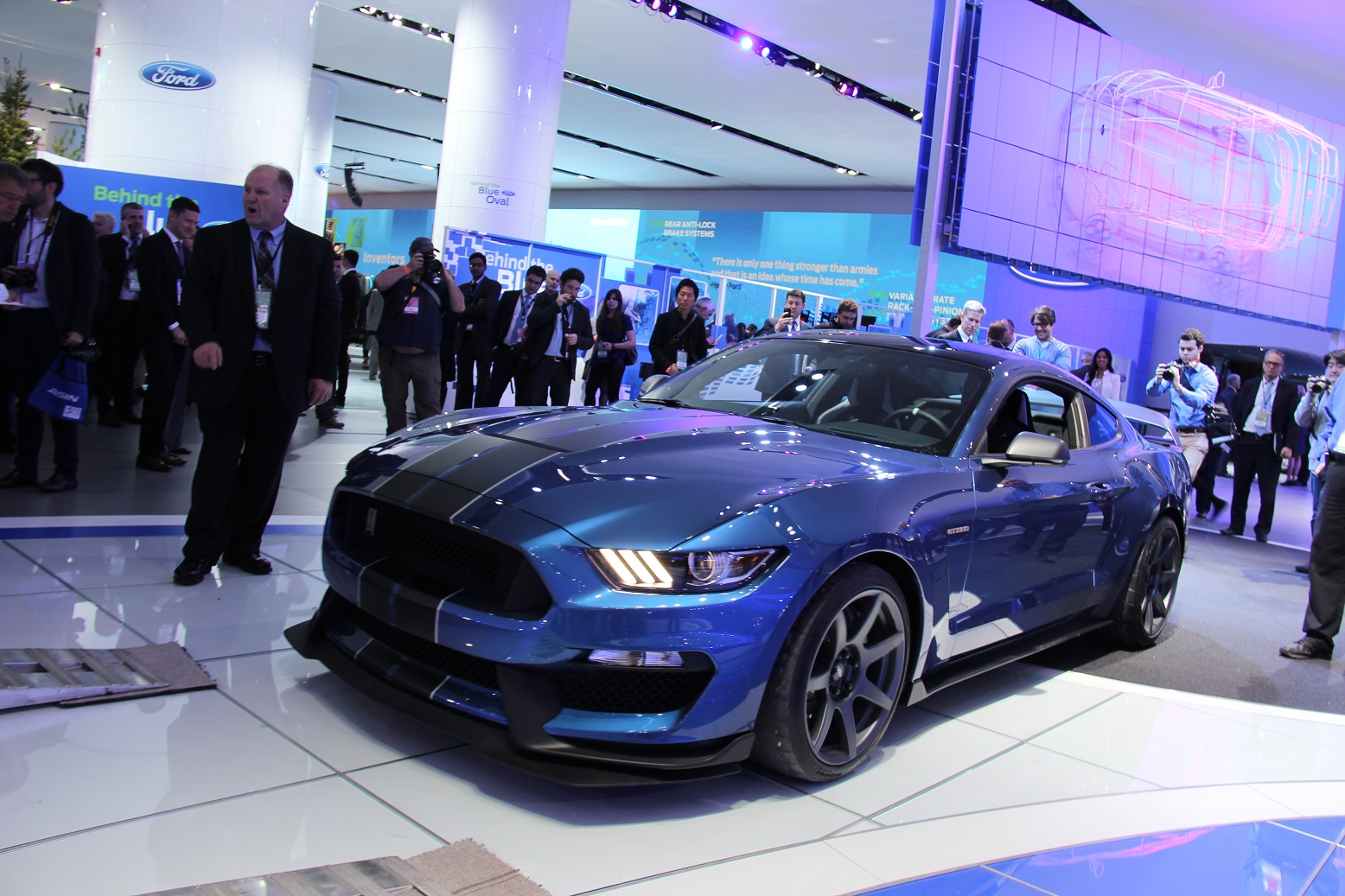 2016 Ford Mustang Shelby Gt350r Preview (Photo 33 of 47)