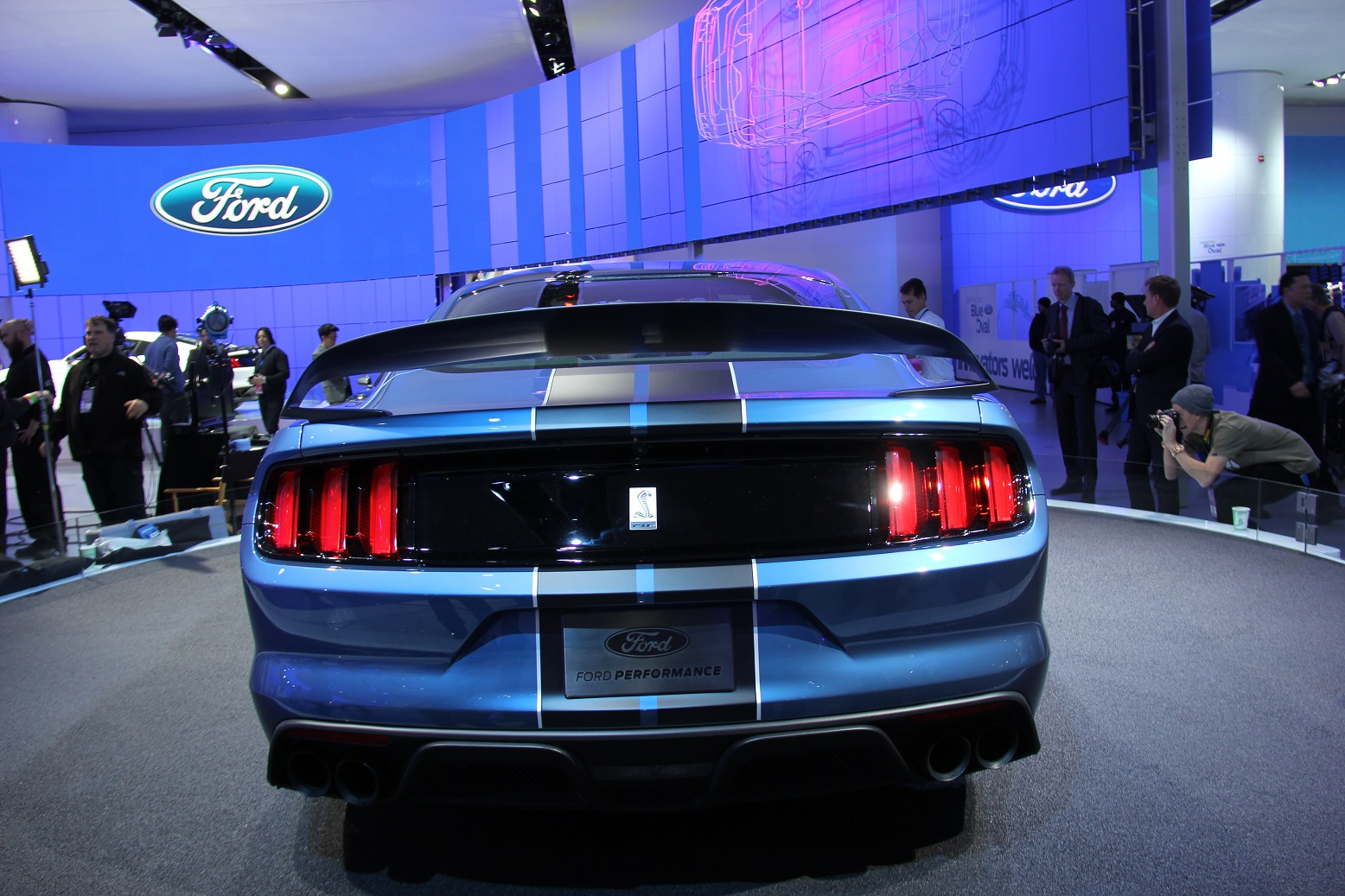 2016 Ford Mustang Shelby Gt350r Rear End Design (Photo 34 of 47)