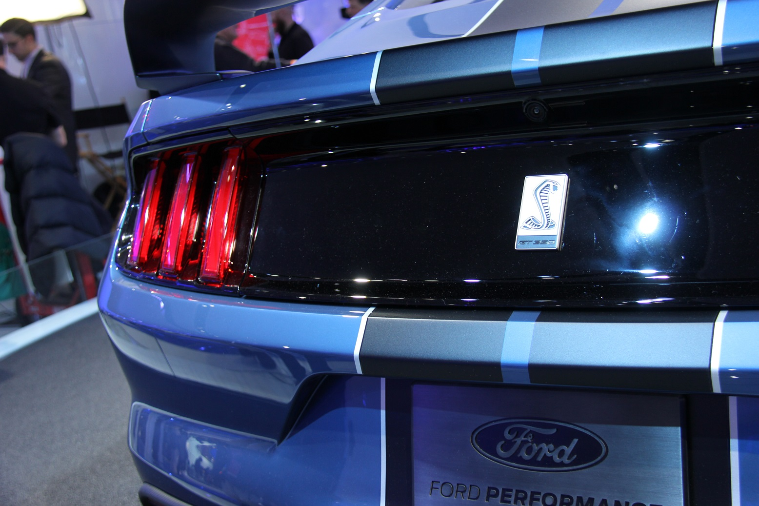 2016 Ford Mustang Shelby Gt350r Rear Lamp (Photo 36 of 47)