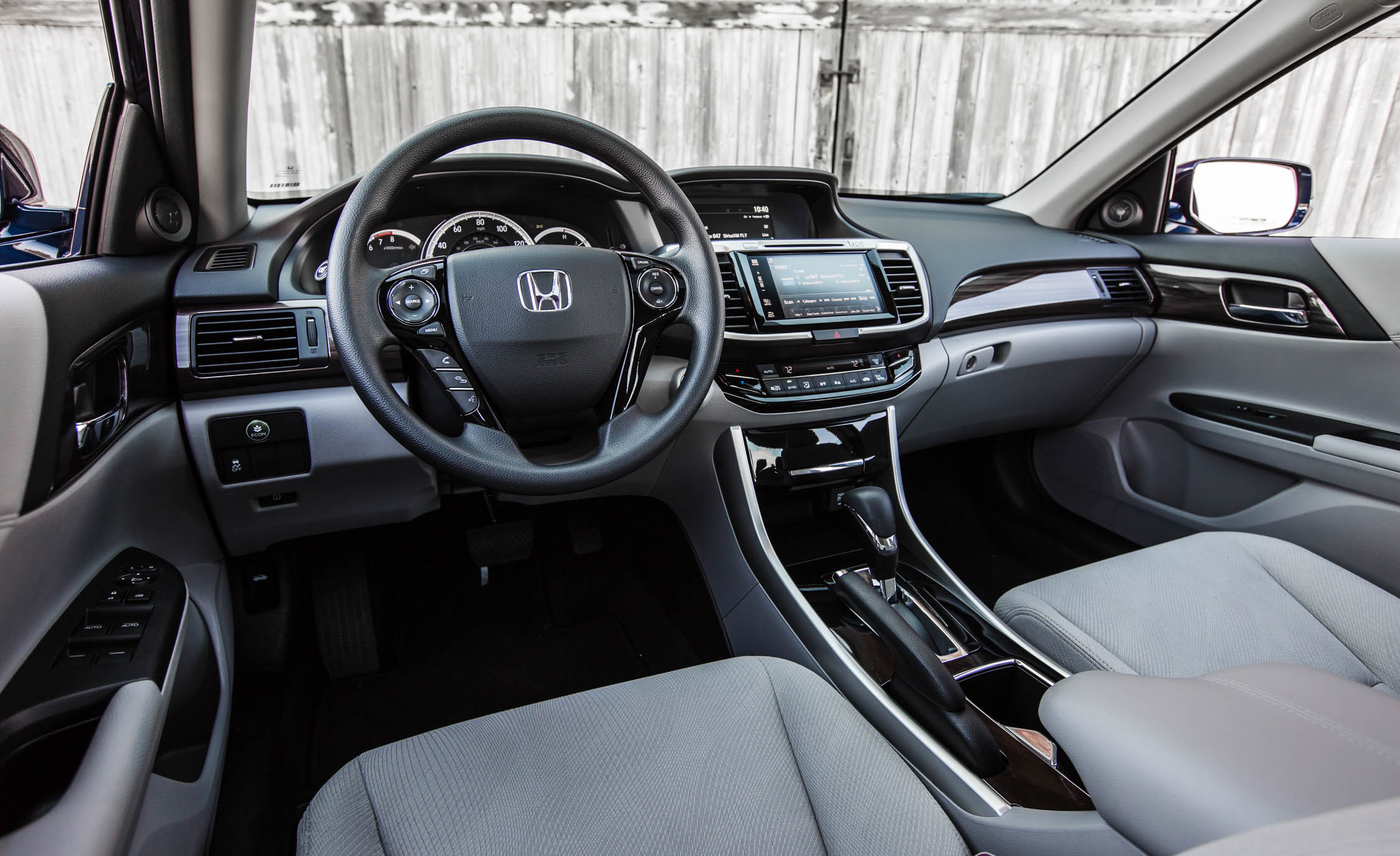 2016 Honda Accord EX (Photo 13 of 52)