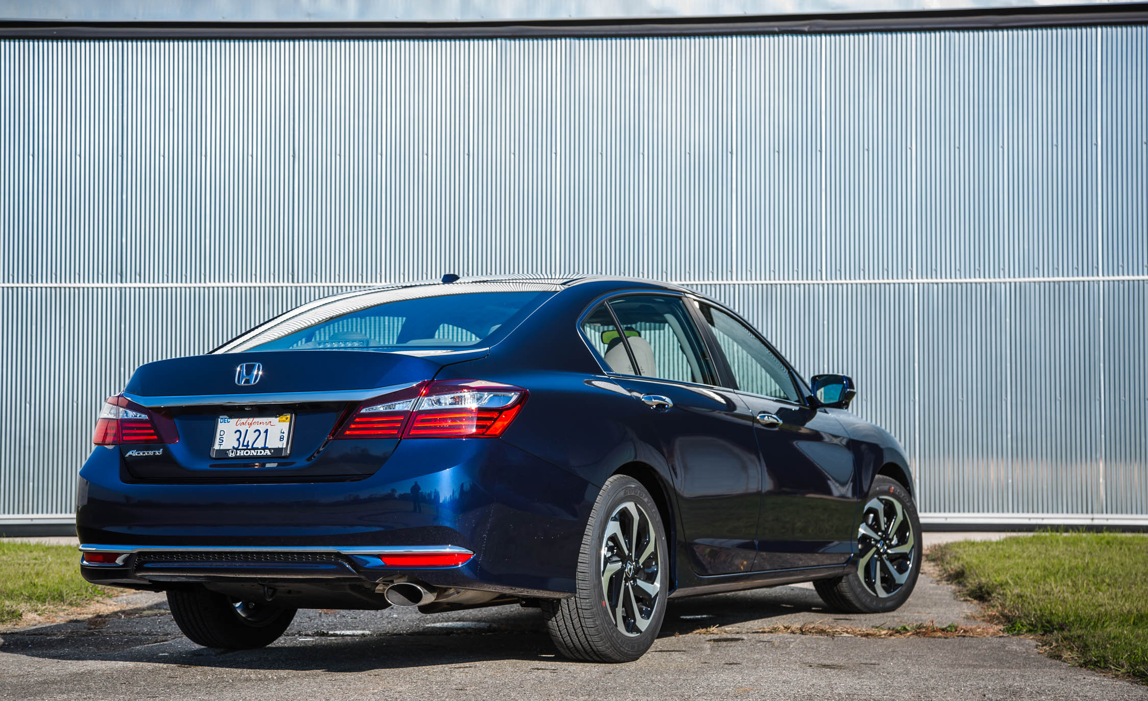 2016 Honda Accord EX (Photo 19 of 52)