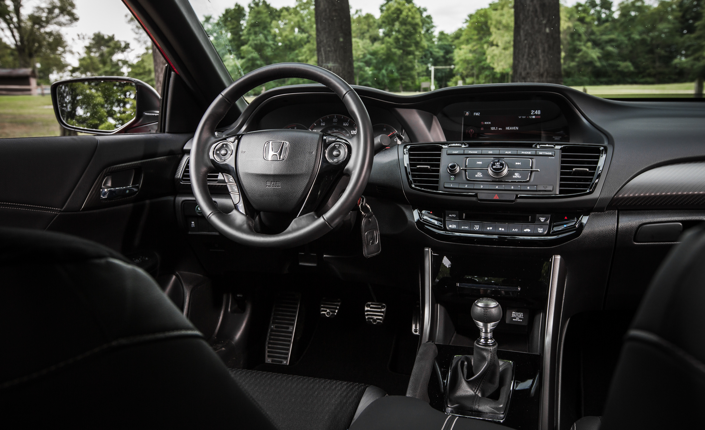 2016 Honda Accord Sport (Photo 27 of 52)