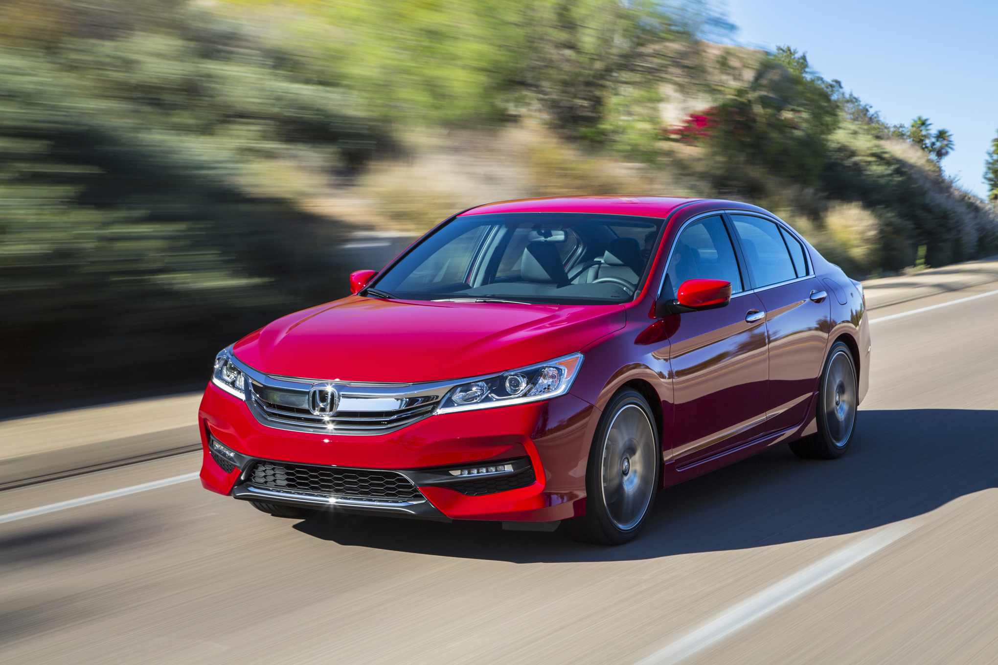 2016 Honda Accord Pictures Gallery (52 Images)