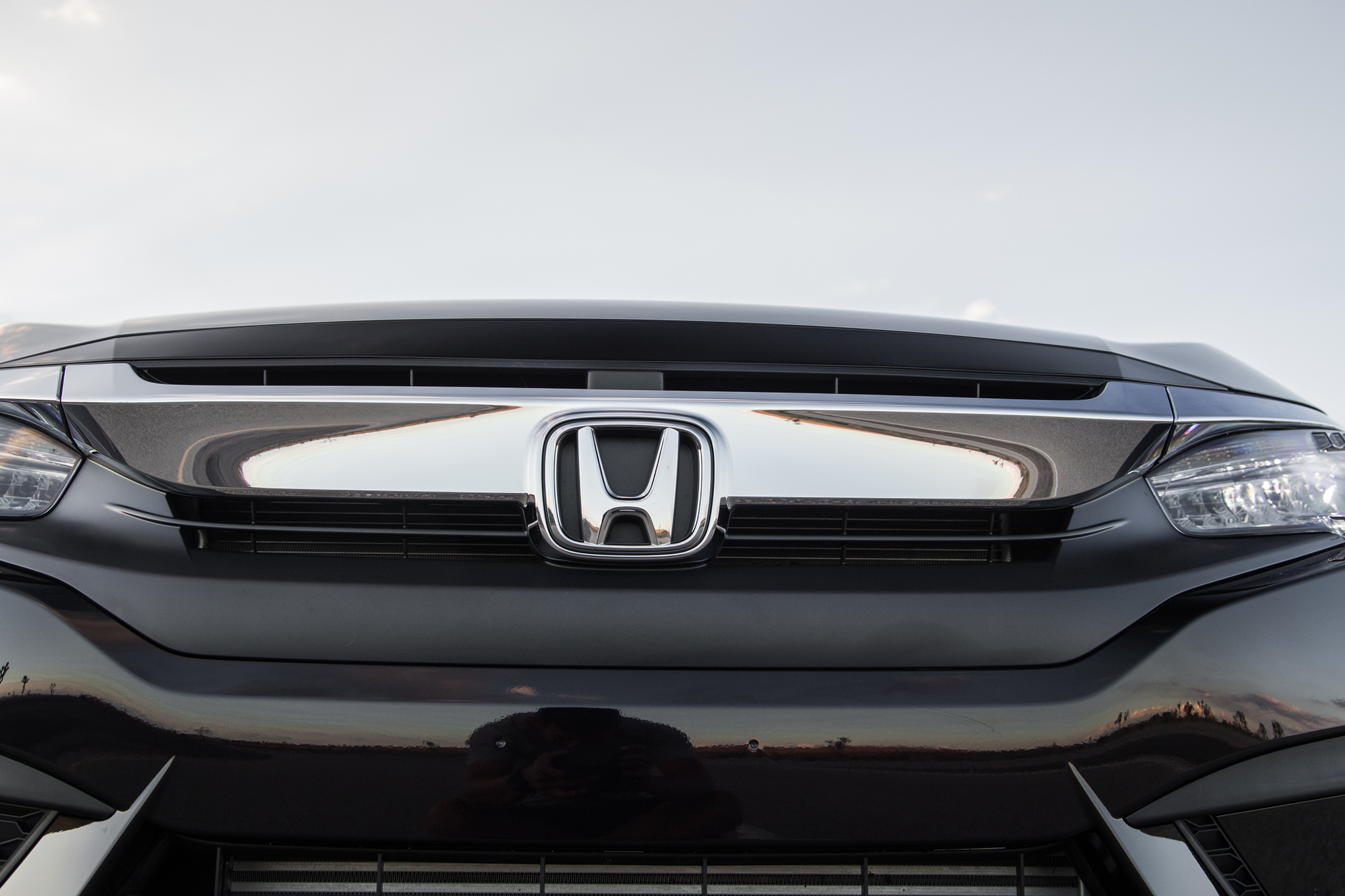 2016 Honda Civic Touring Black Front Badge (View 17 of 36)