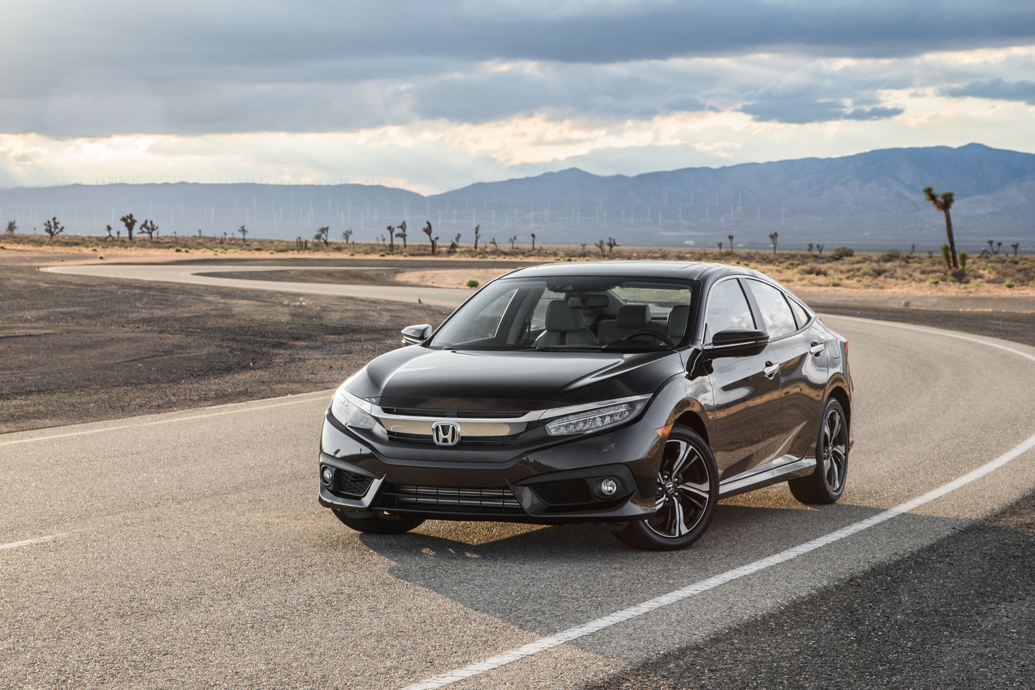 2016 Honda Civic Touring Black (View 16 of 36)